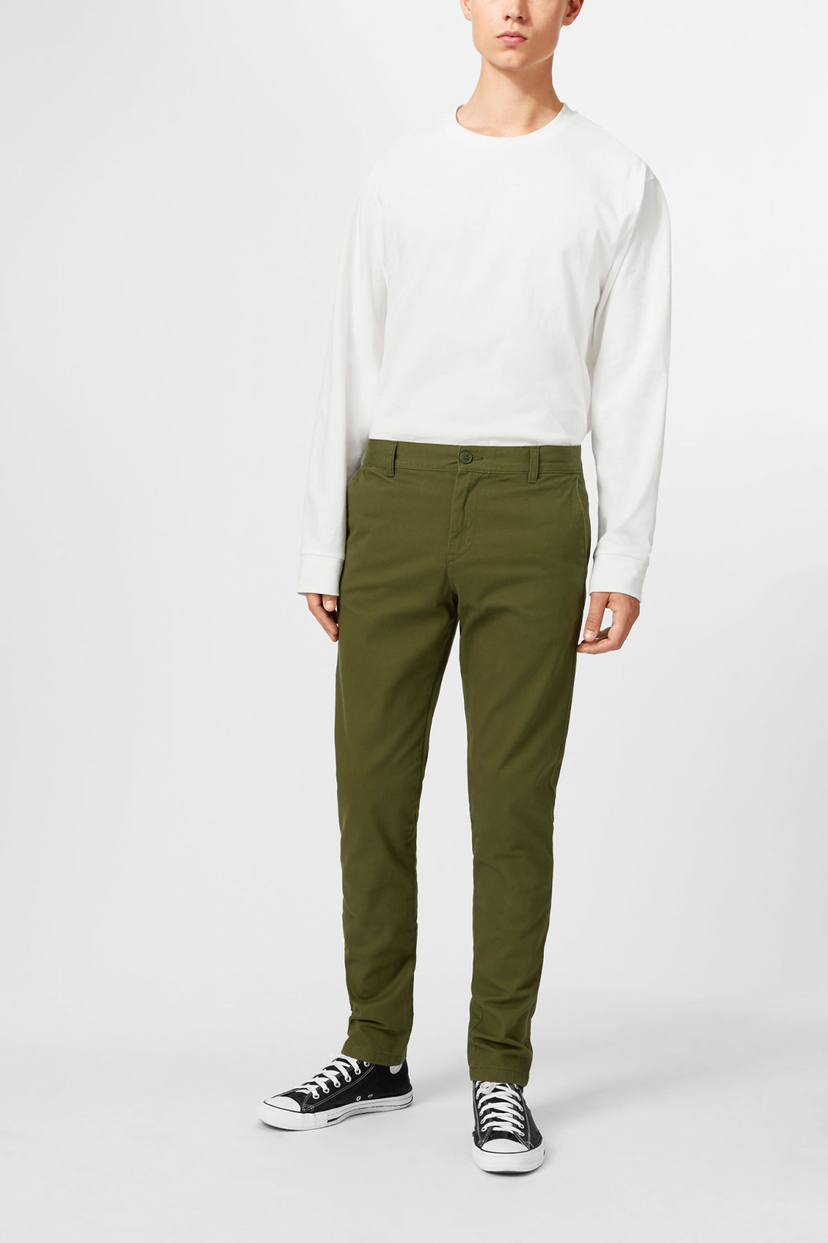 Model front image of Weekday wood chinos in green