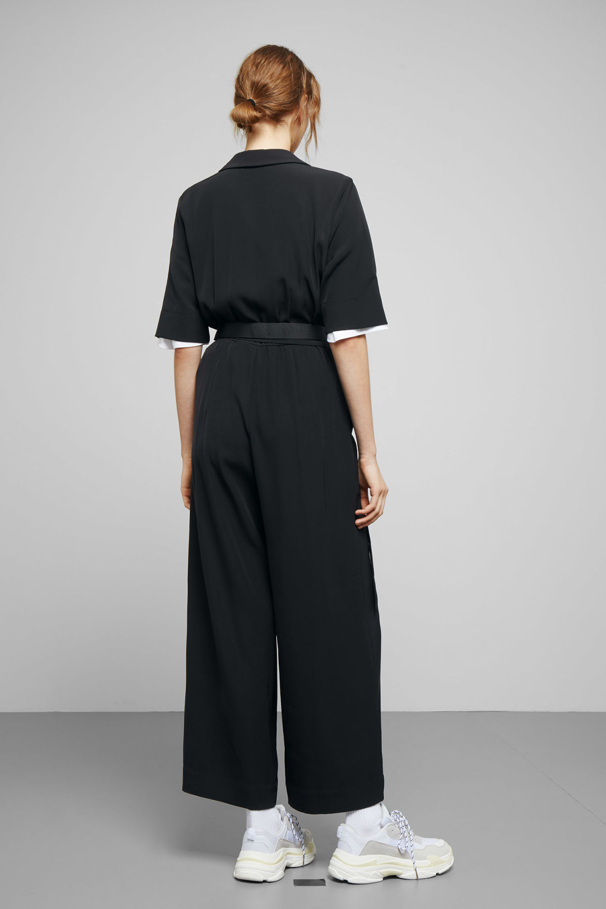 Model back image of Weekday jimi short sleeve jumpsuit in black