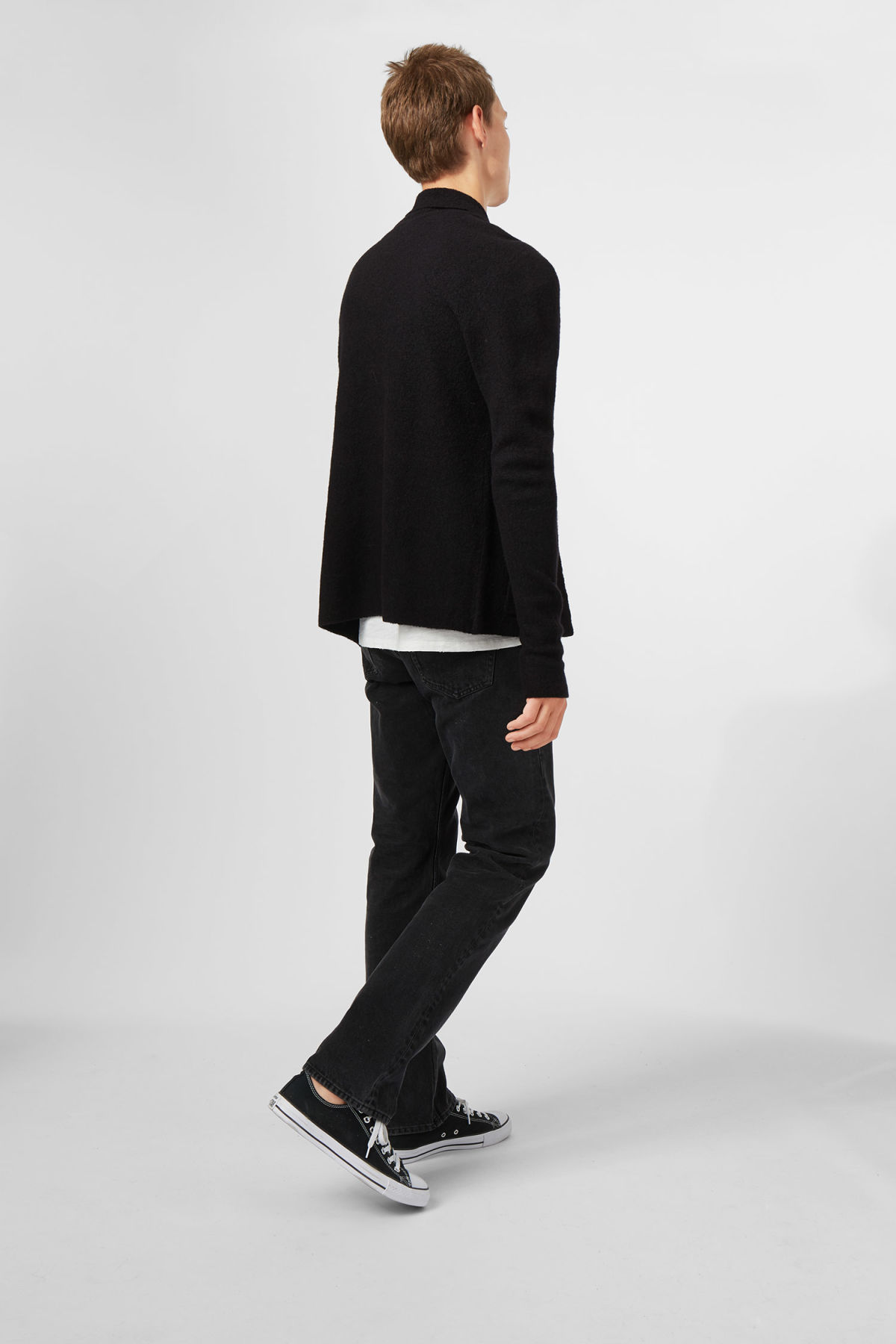 Model side image of Weekday jab cardigan in black