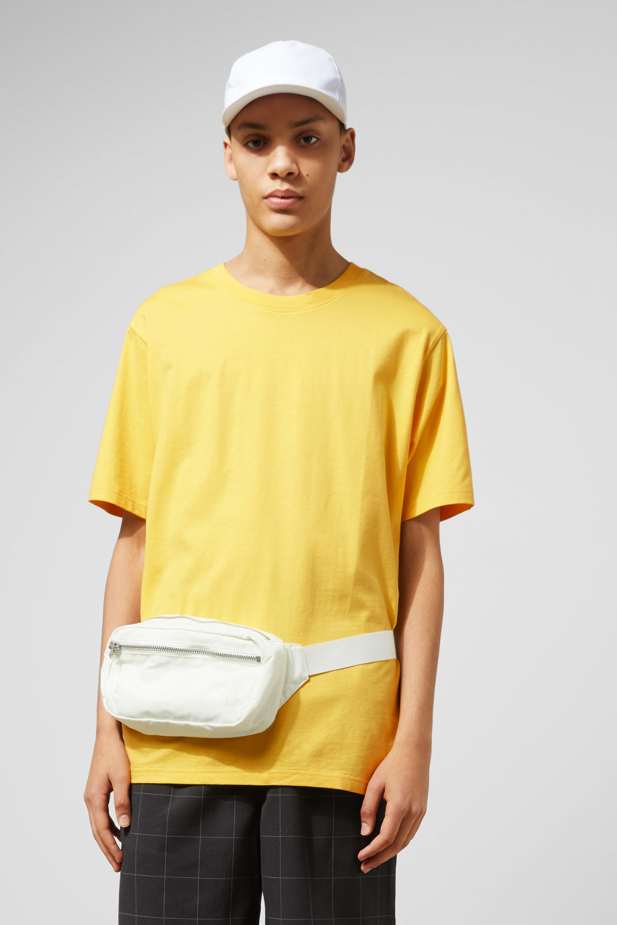 Model front image of Weekday frank t-shirt in yellow