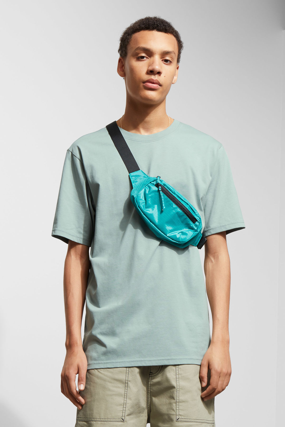 Model front image of Weekday frank t-shirt in turquoise