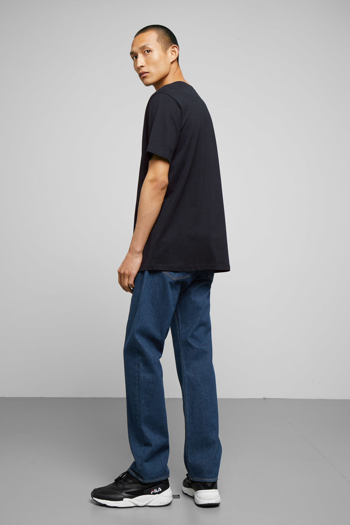 Model back image of Weekday frank t-shirt in blue