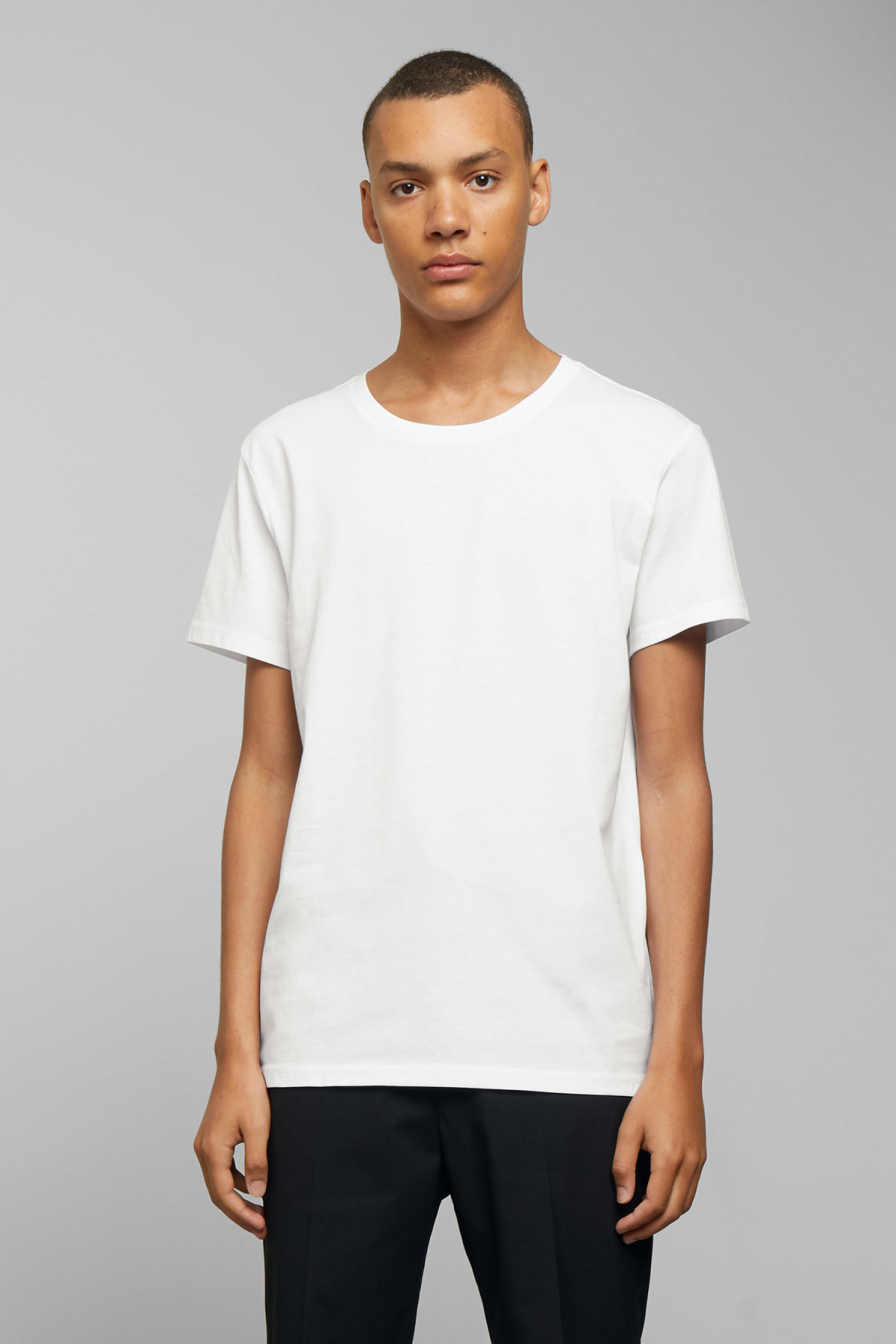 Model front image of Weekday alex t-shirt in white