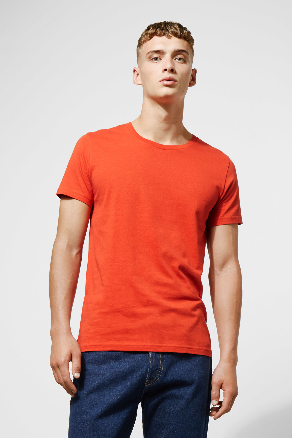 Model front image of Weekday alex t-shirt in orange