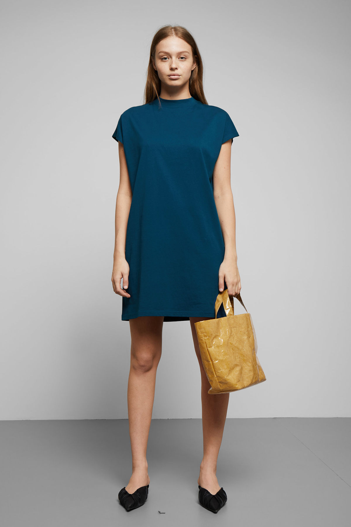Model front image of Weekday prime dress in blue