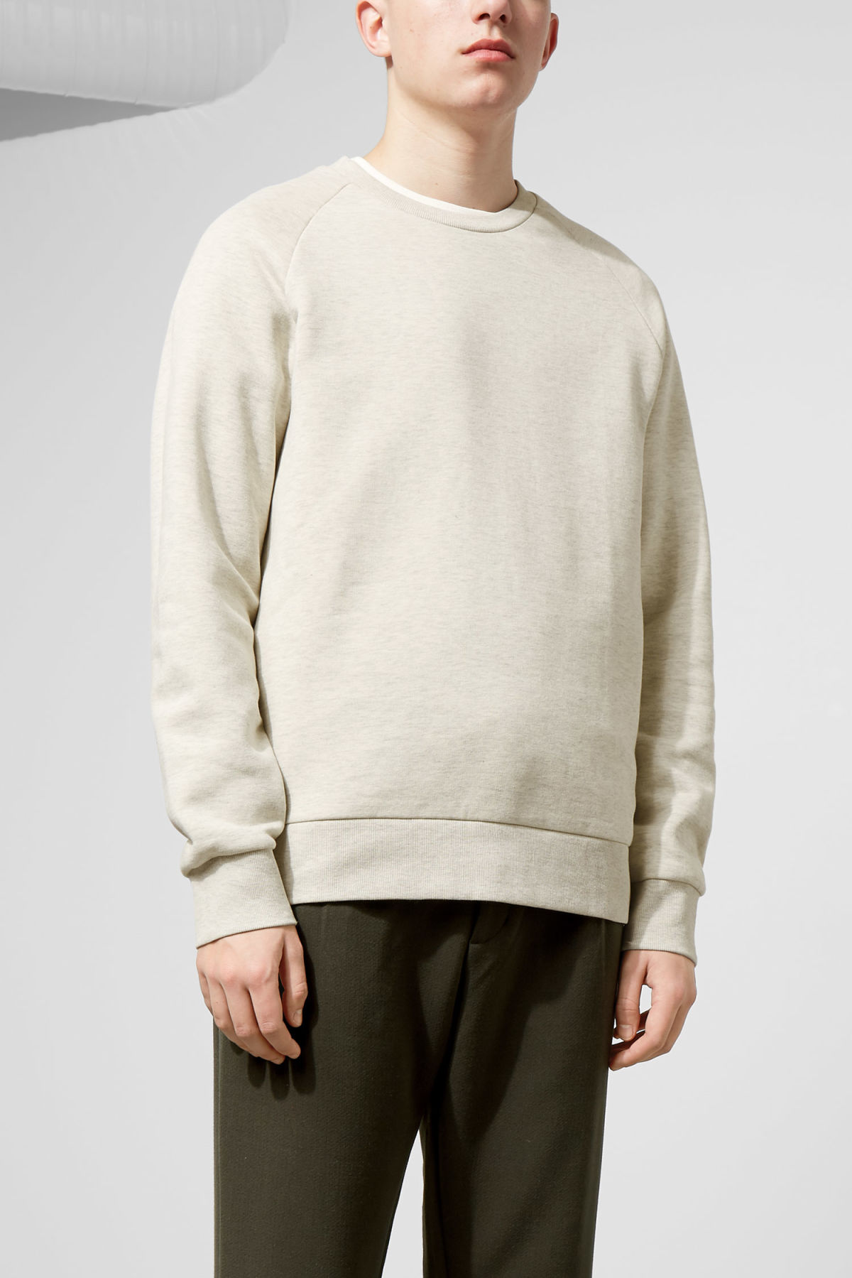 Model front image of Weekday paris sweatshirt in brown