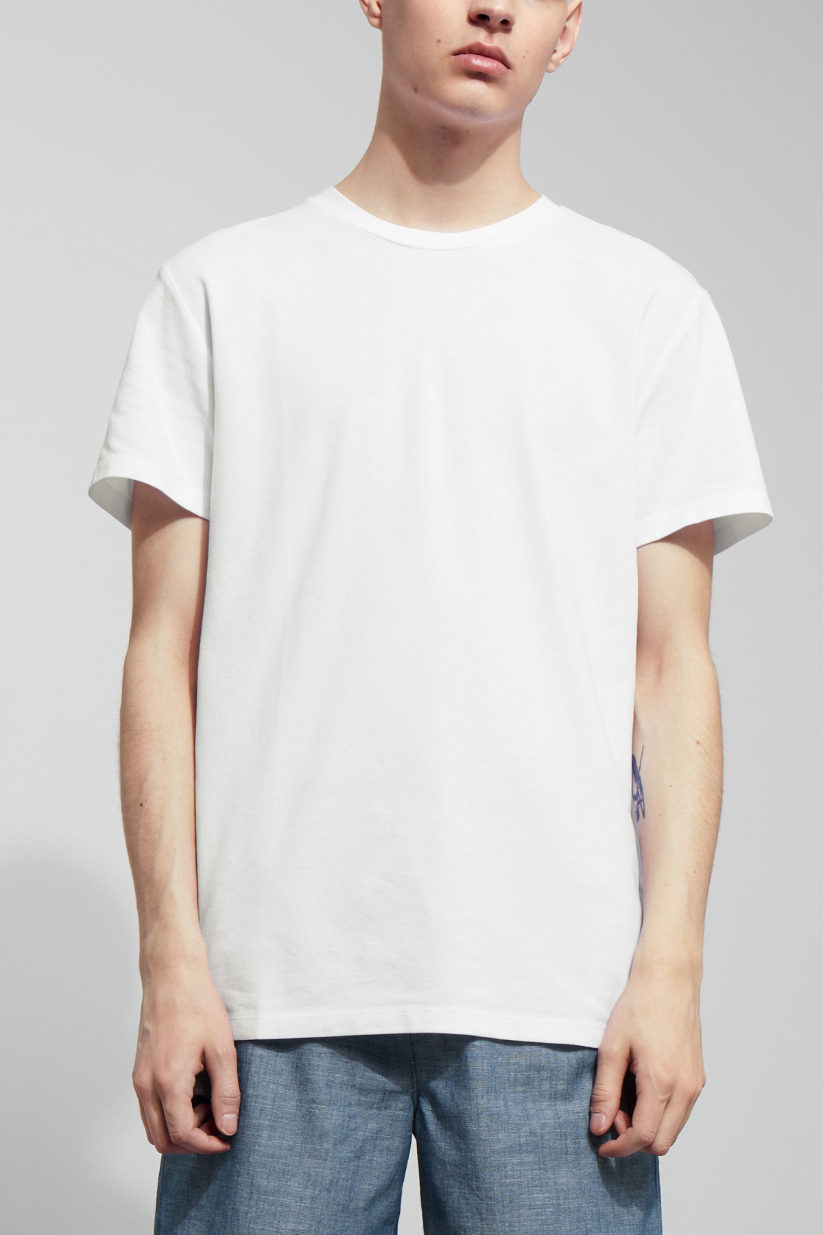 Model front image of Weekday tennis t-shirt in white