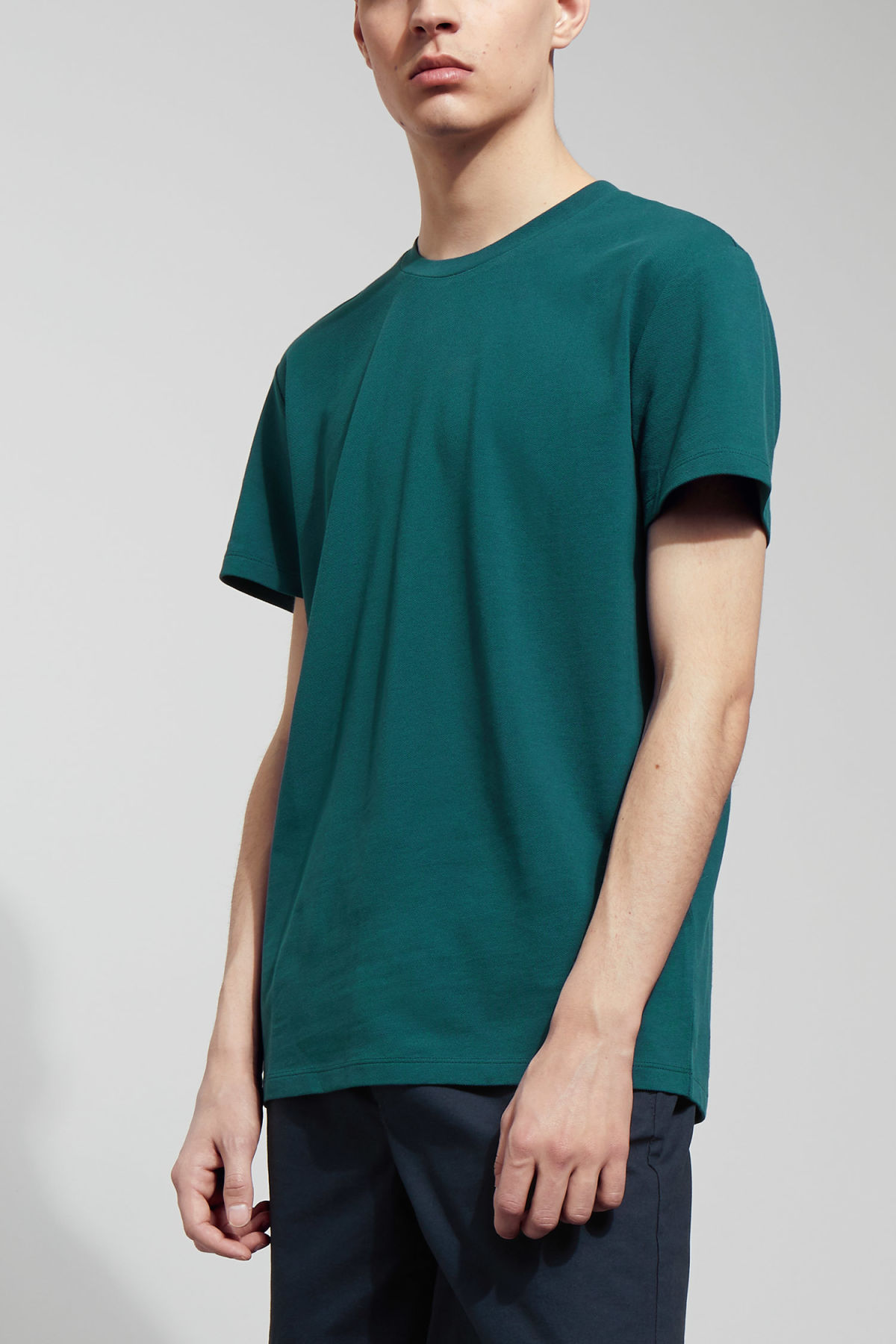 Model front image of Weekday tennis t-shirt in turquoise