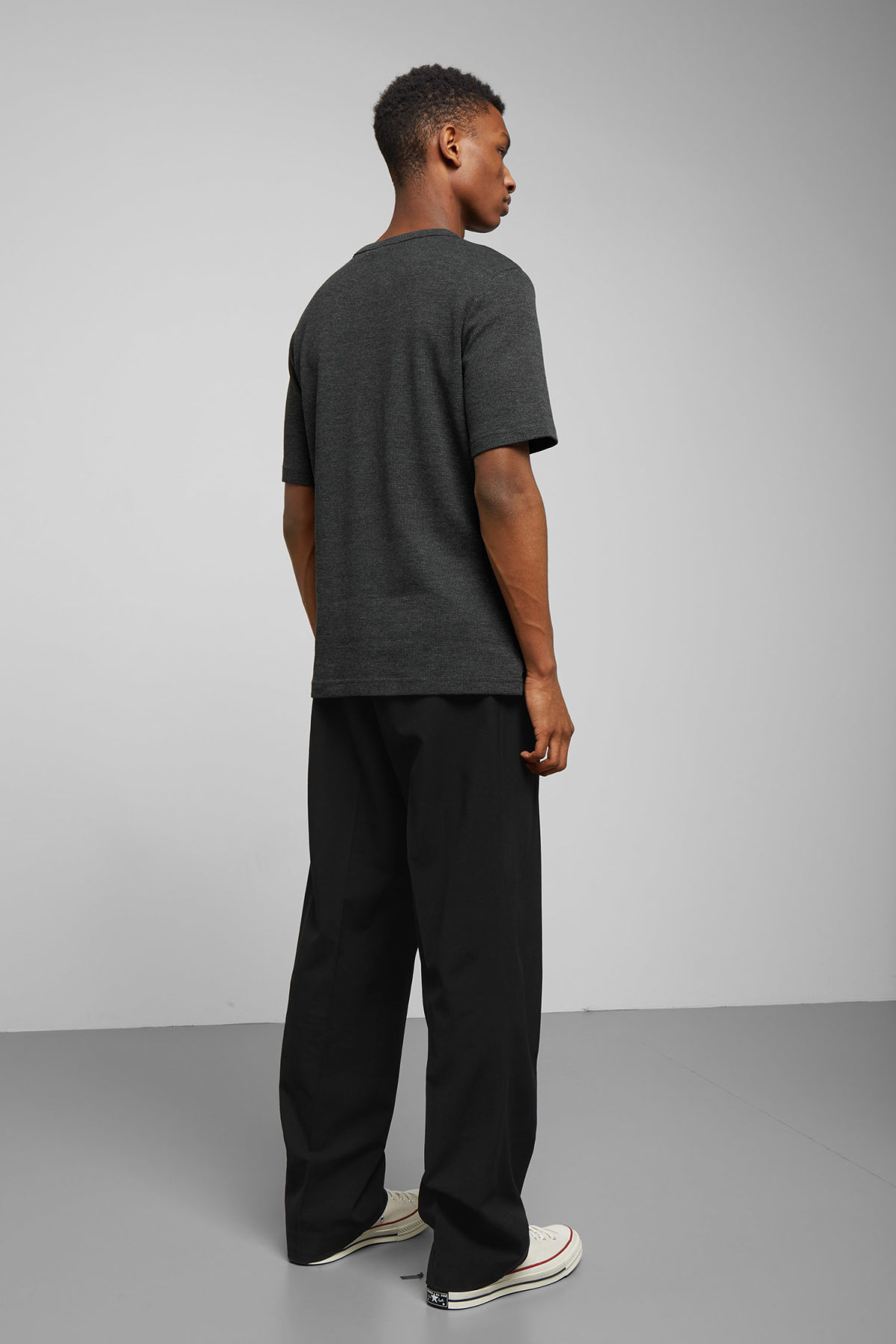 Model back image of Weekday grinko t-shirt in black