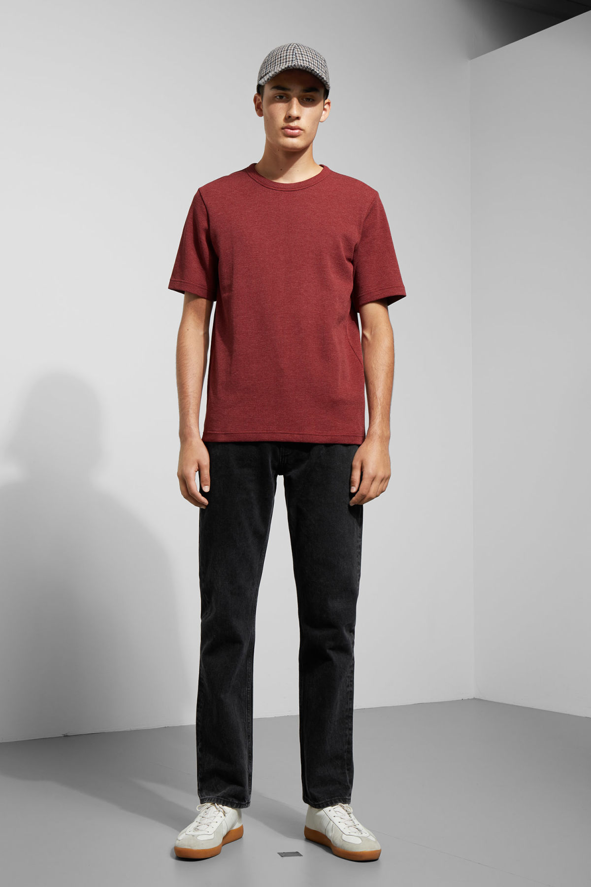 Model side image of Weekday grinko t-shirt in red