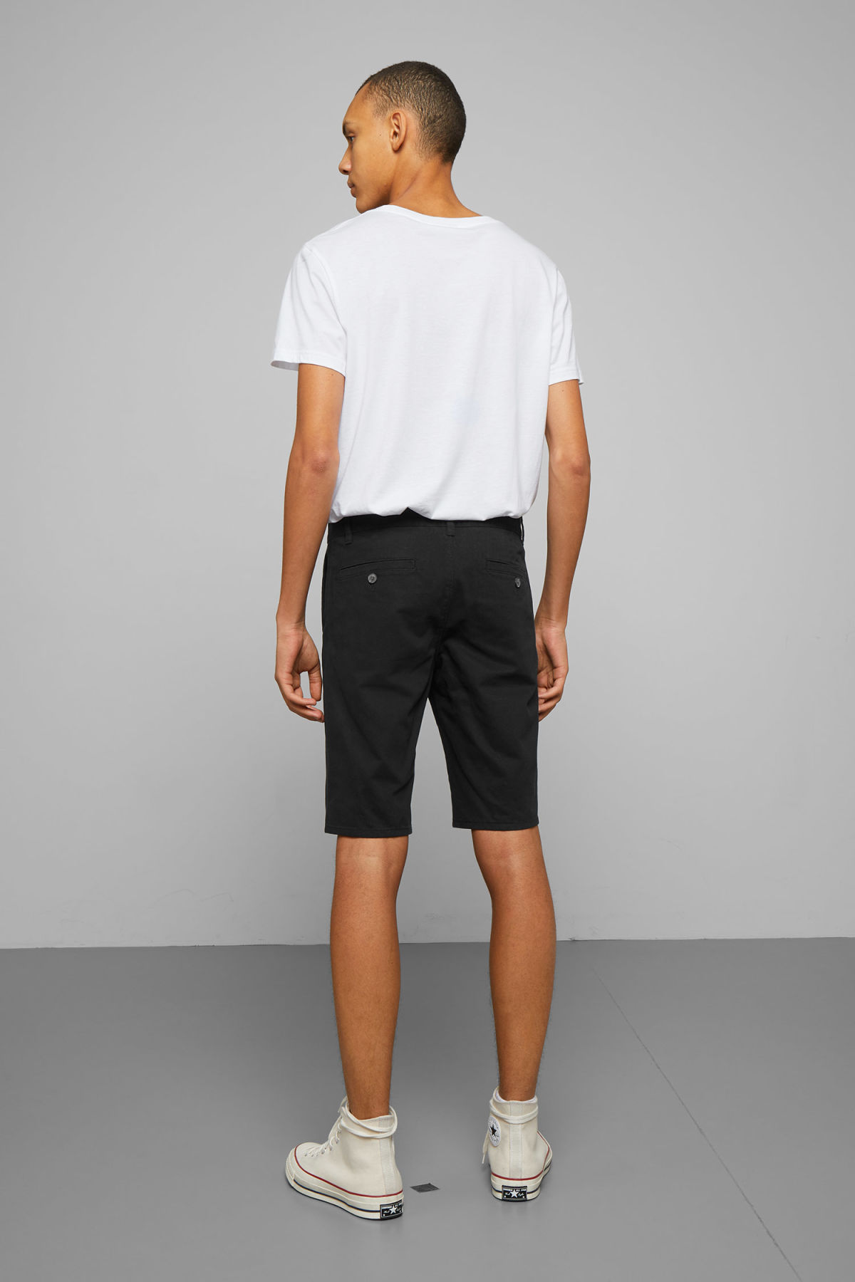 Model back image of Weekday acid shorts in black