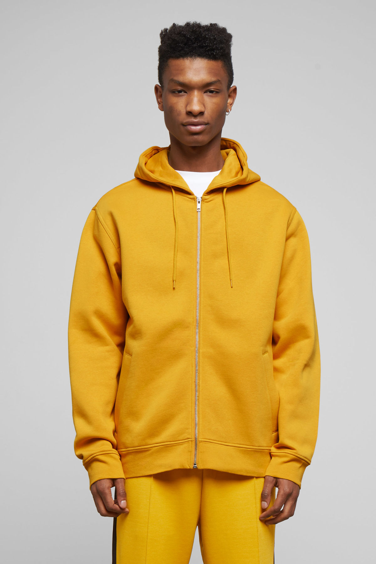Model front image of Weekday boom zipped hoodie in yellow