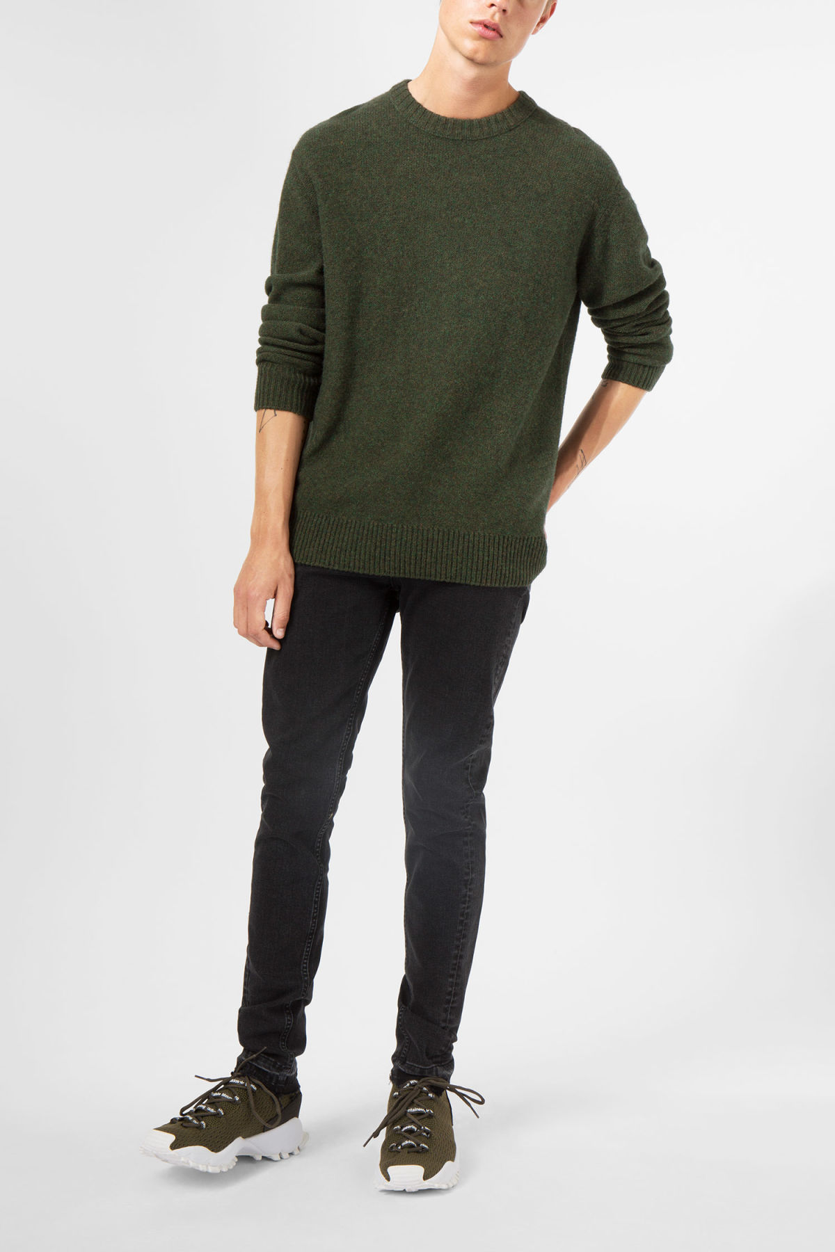 Model front image of Weekday knit sweater  in green