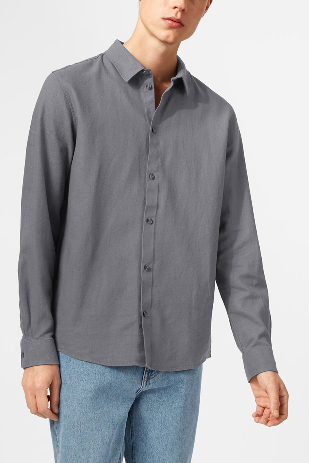 Model front image of Weekday lead linen shirt in grey