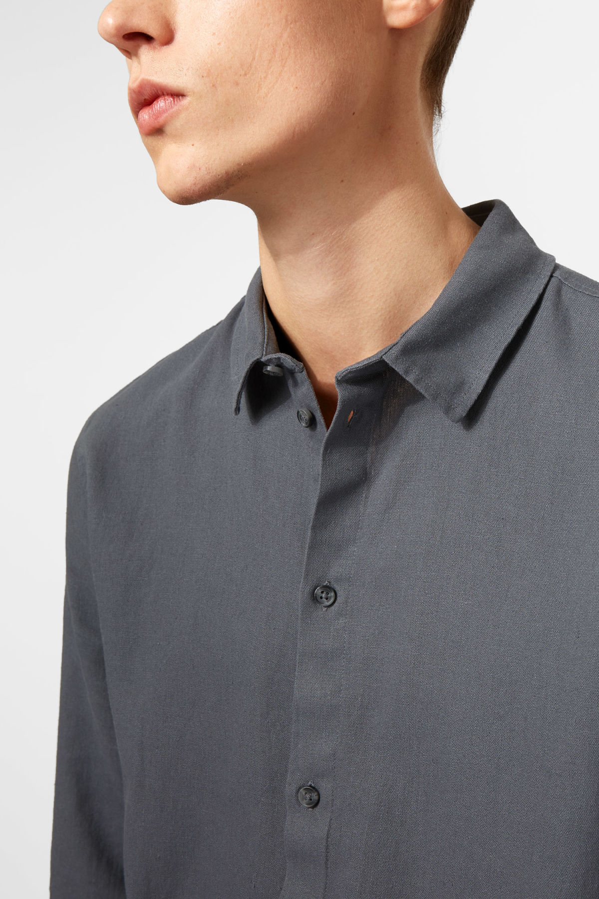 Model side image of Weekday lead linen shirt in grey
