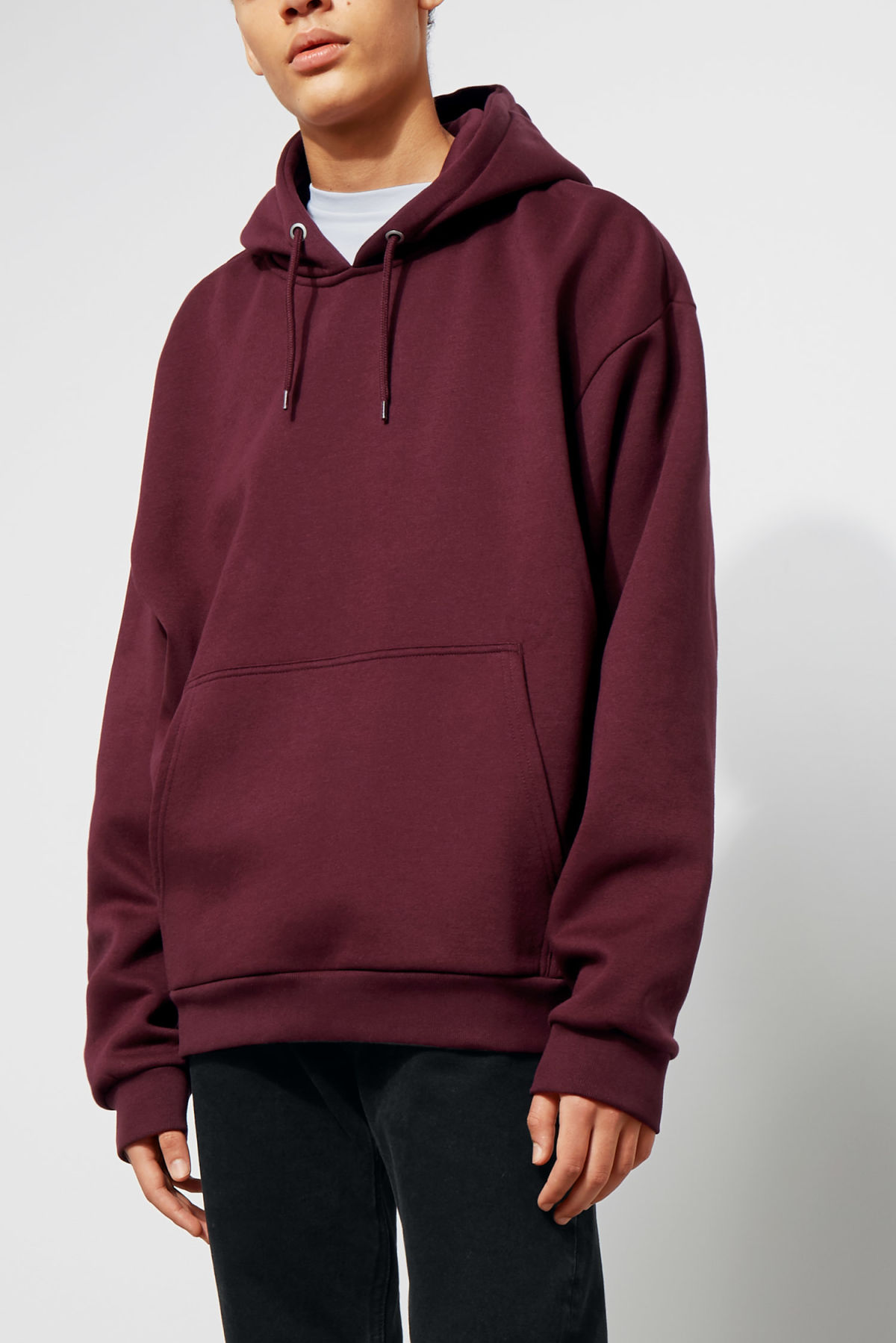 Model front image of Weekday big hawk hoodie in red