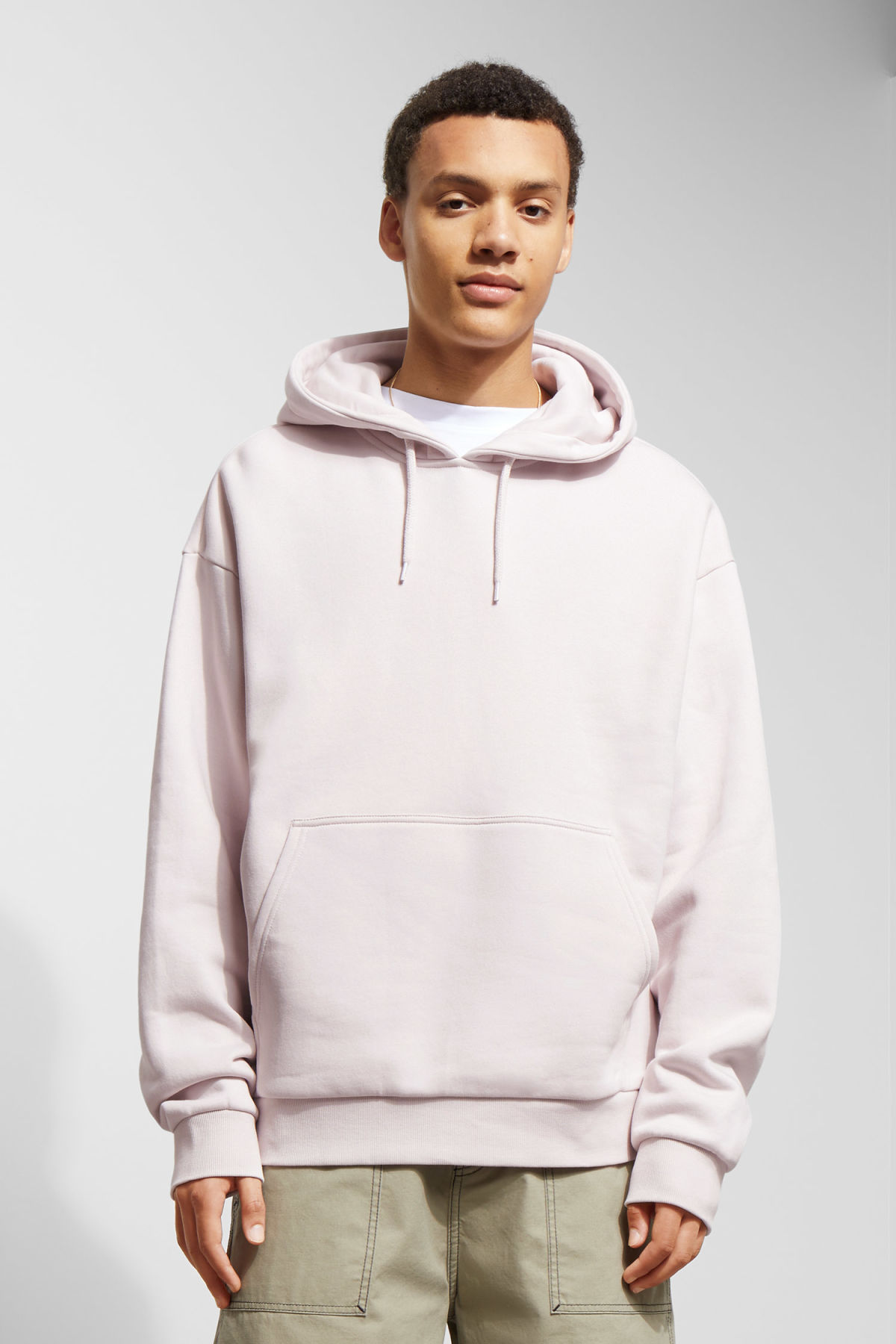 Model front image of Weekday big hawk hoodie in purple
