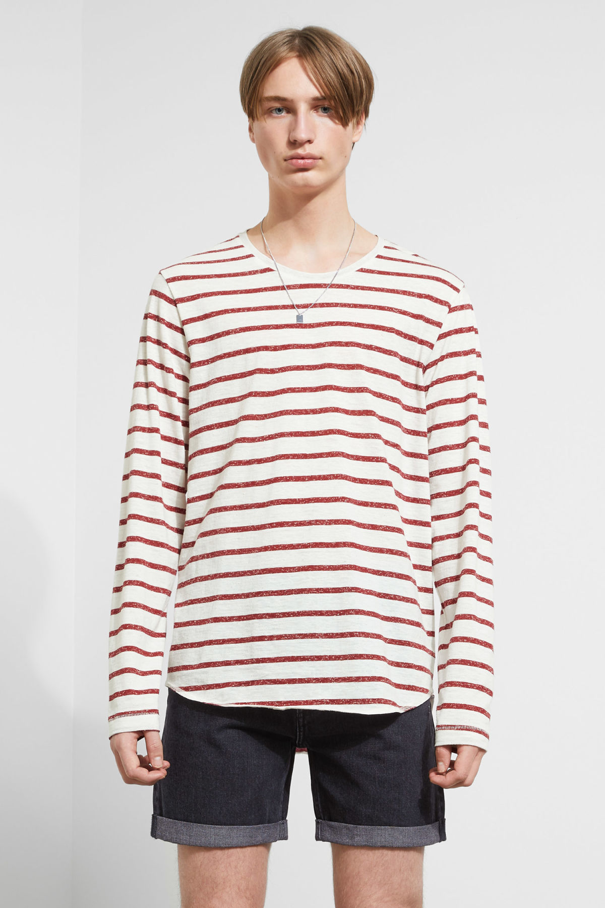 Model front image of Weekday boule long sleeve in red