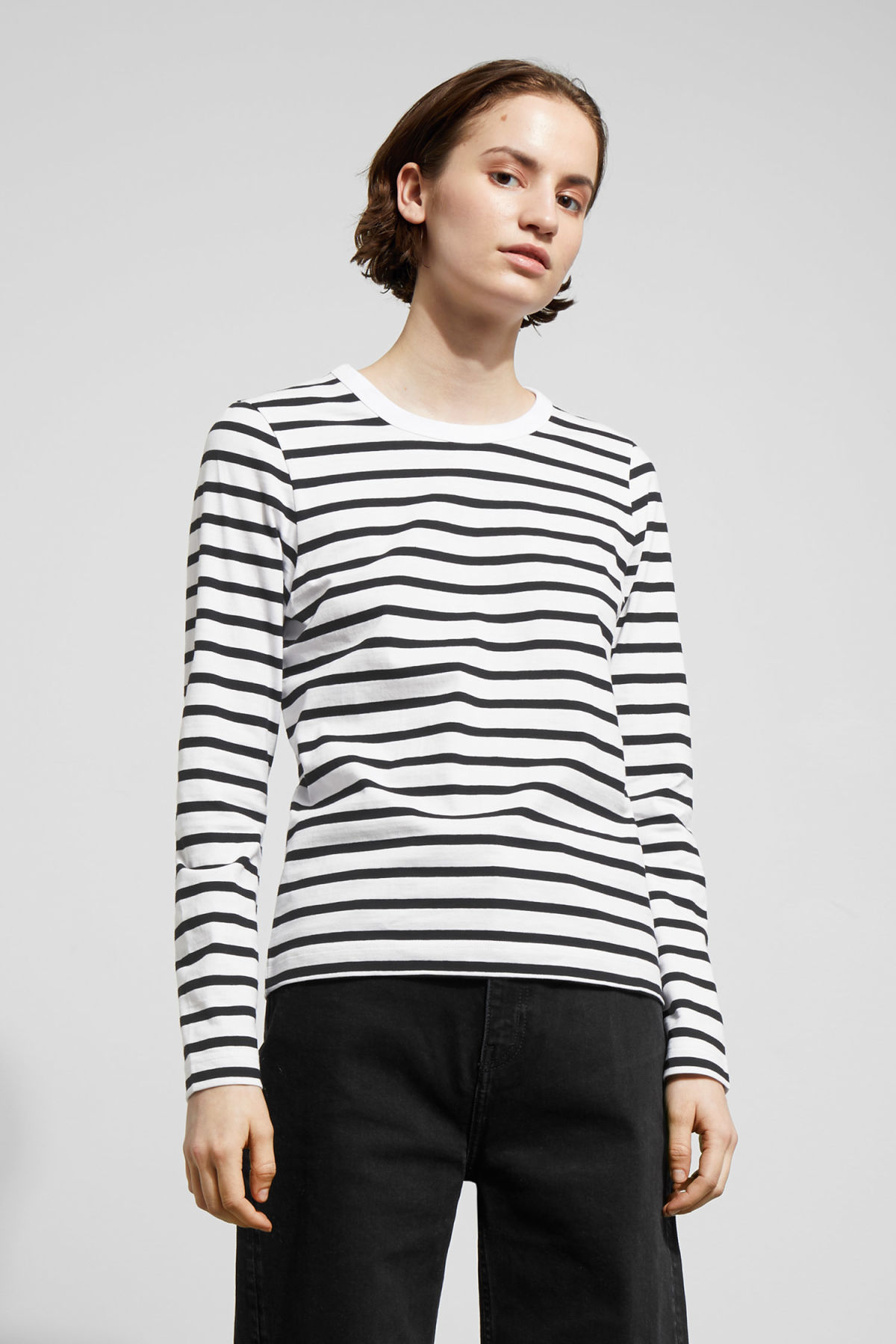Model front image of Weekday kate striped long sleeve in black