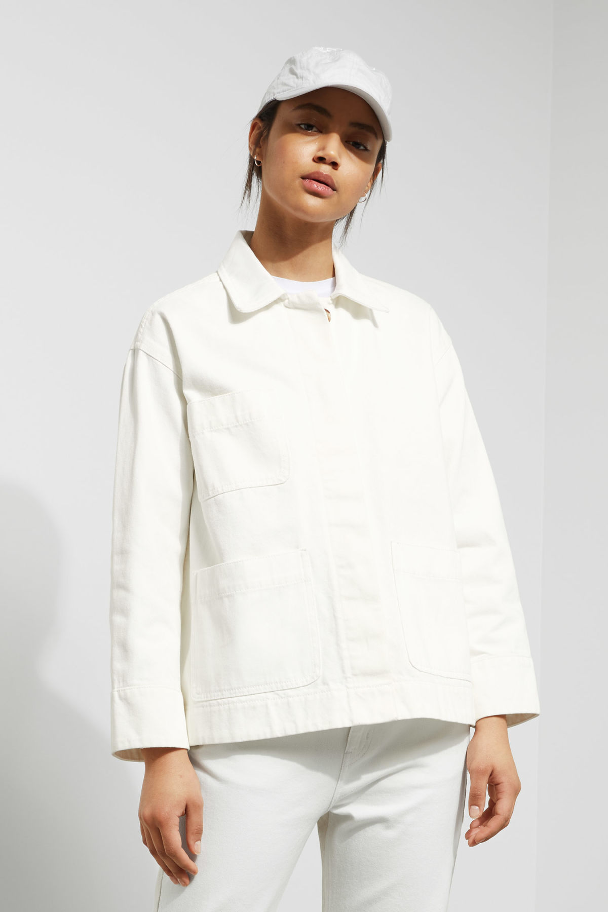 Model front image of Weekday ina jacket in white