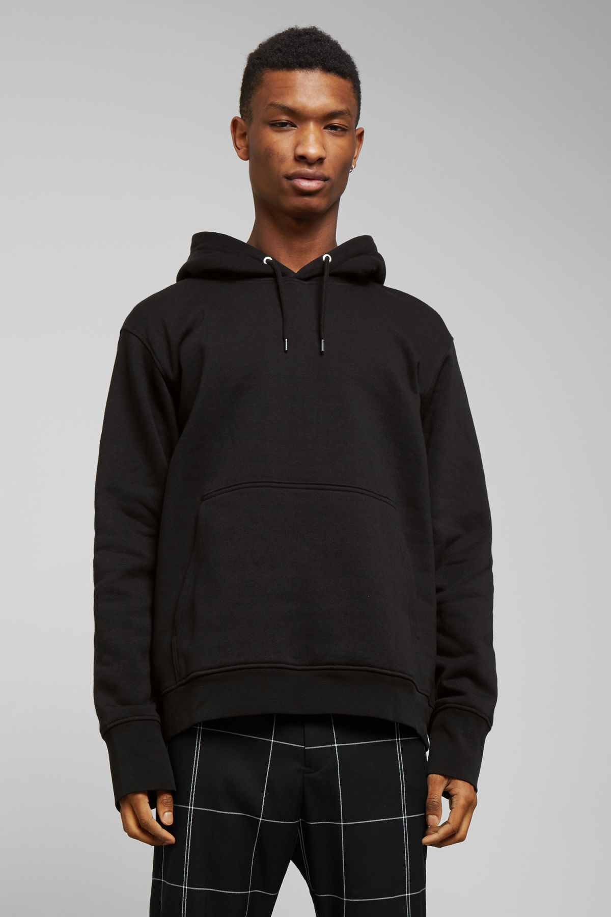 Model front image of Weekday hawk hoodie in black