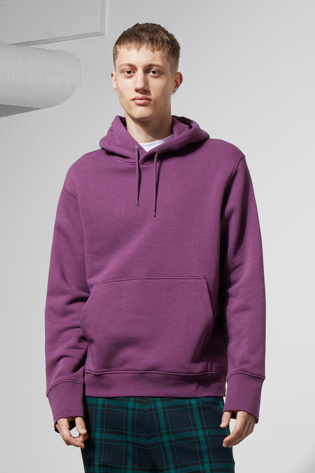 Model front image of Weekday hawk hoodie in purple
