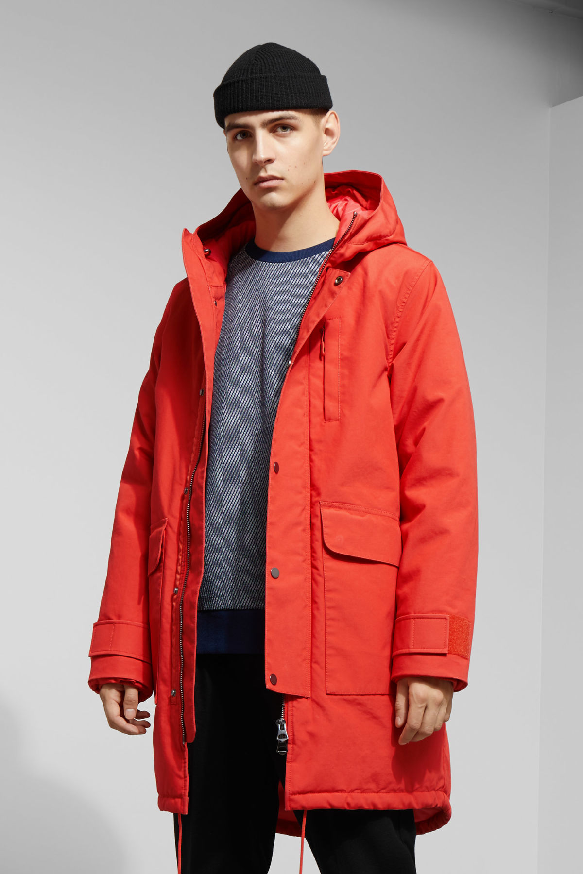 Model front image of Weekday hepp parka in orange
