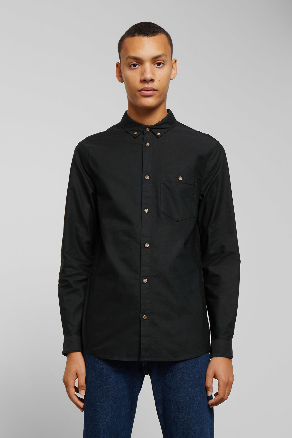 Model front image of Weekday bad times shirt in black