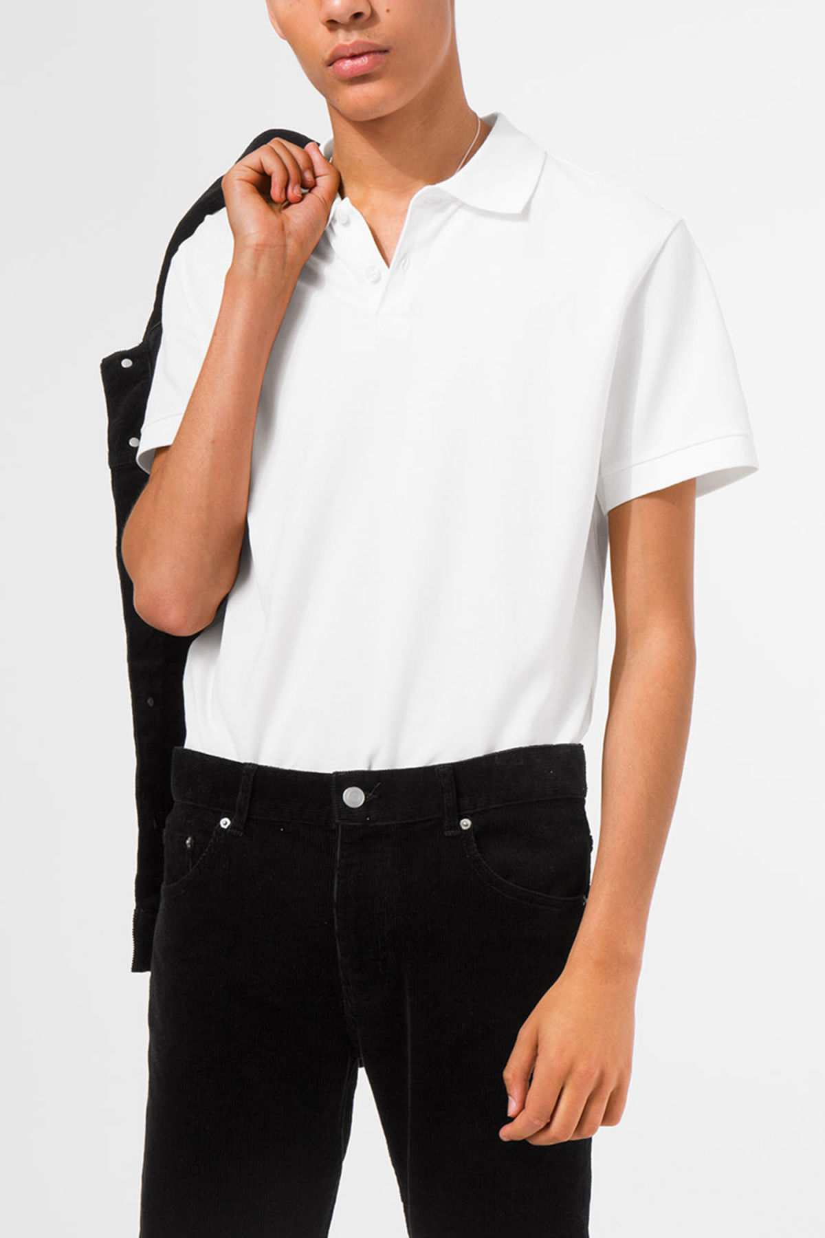 Model front image of Weekday jam polo shirt in white