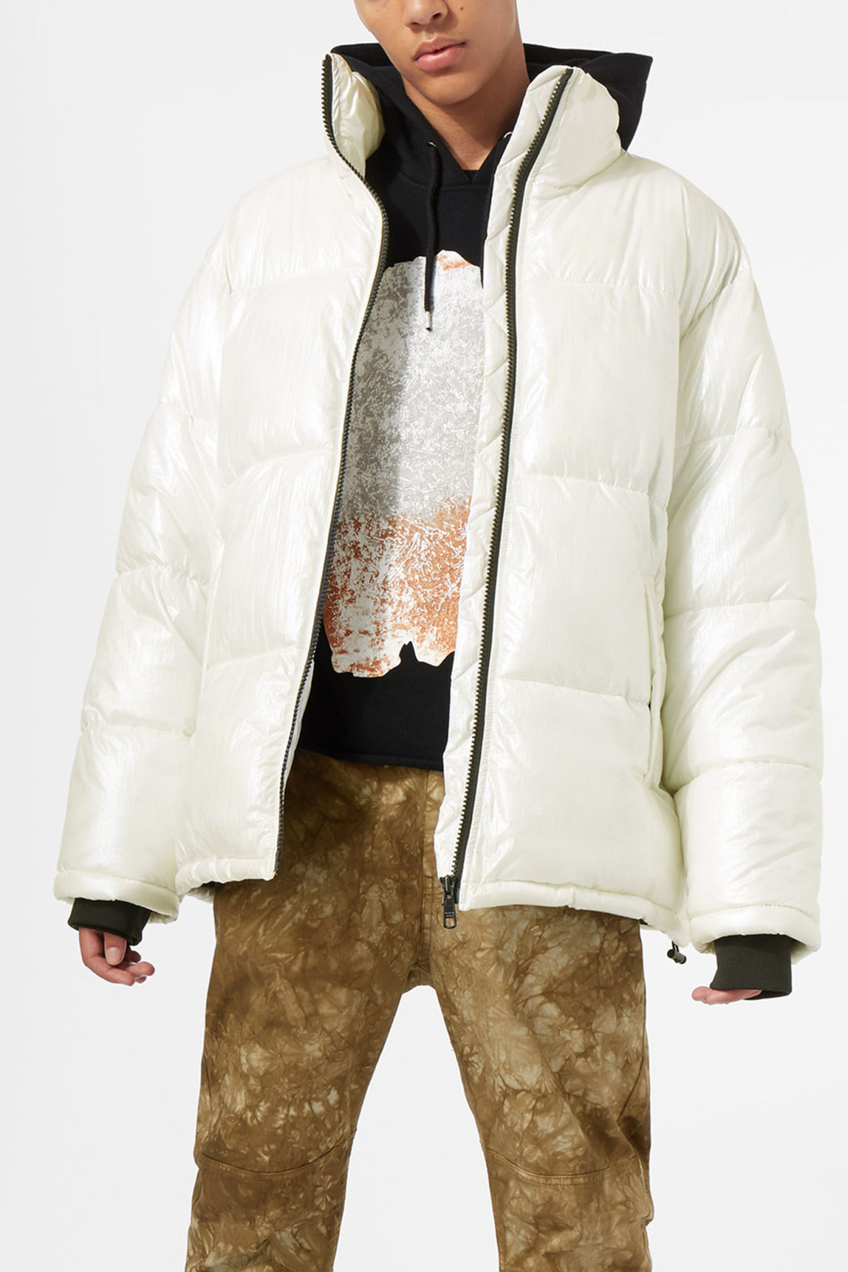 Model front image of Weekday max jacket in white