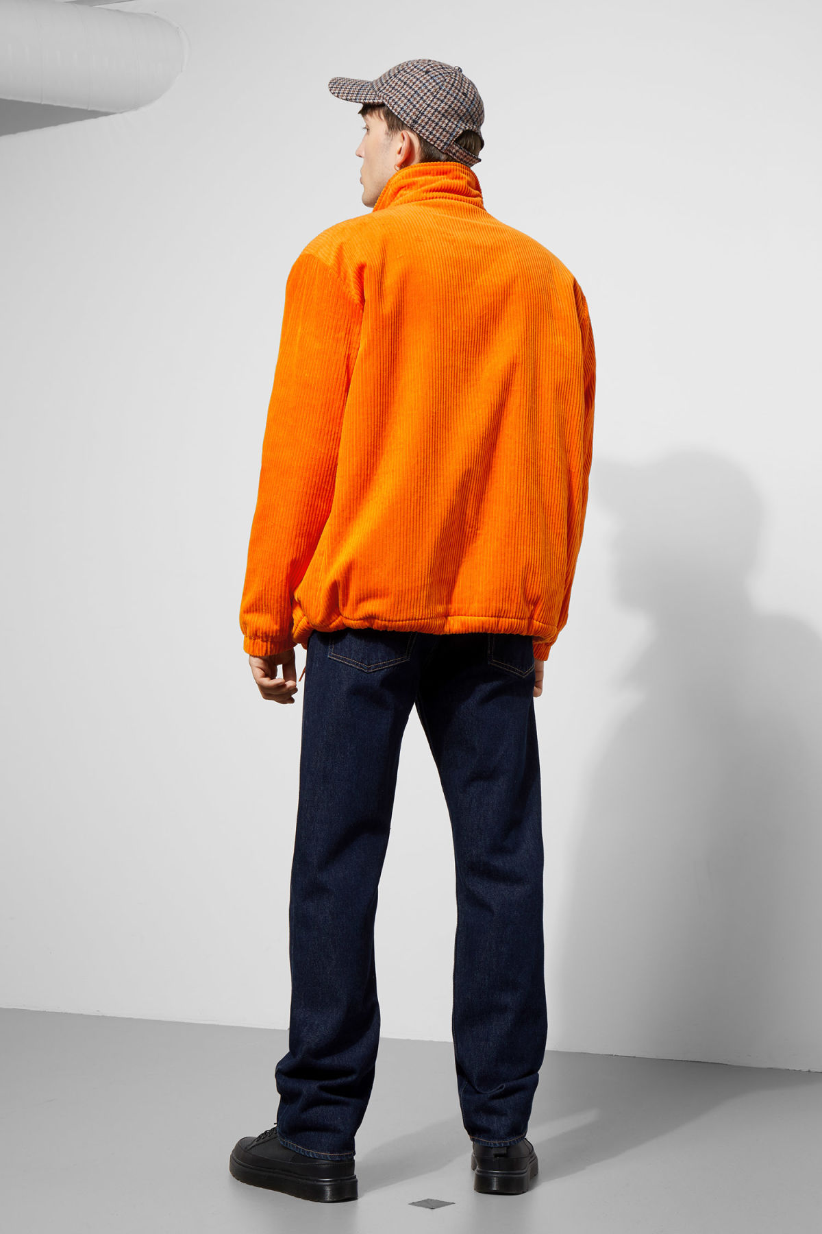 Model back image of Weekday bob coach jacket  in orange