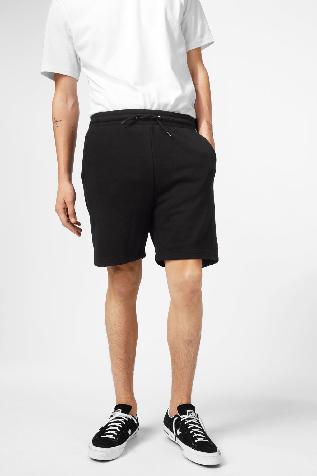 Model front image of Weekday sun shorts in black