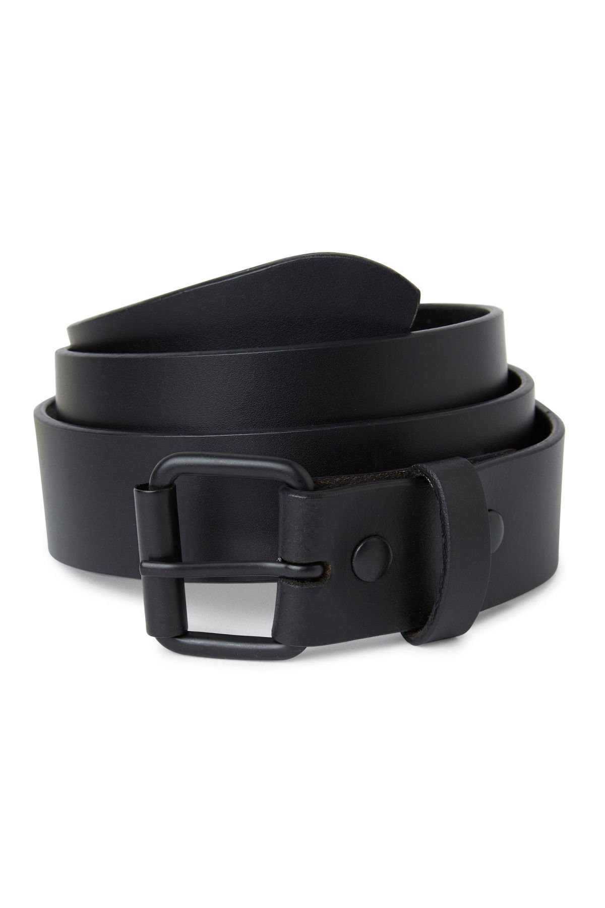Model front image of Weekday brilliant leather belt in black