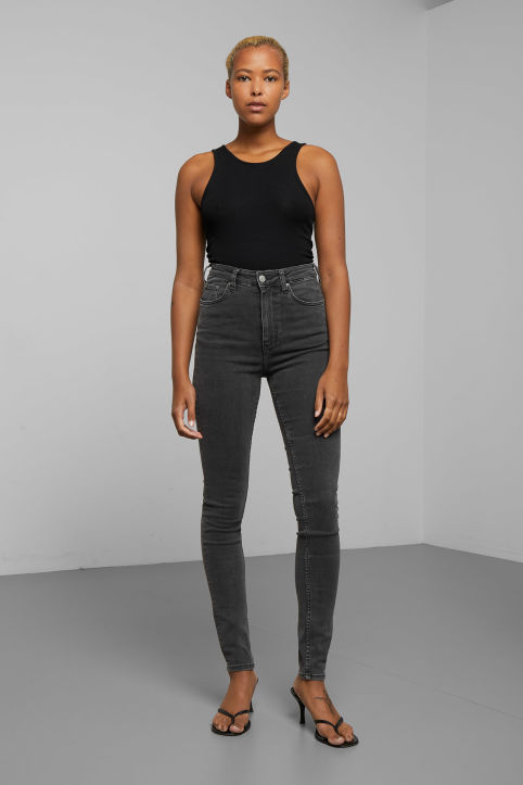 Body High Perfect Black Jeans