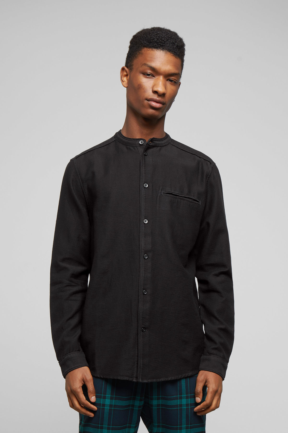 Model front image of Weekday hunt shirt in black
