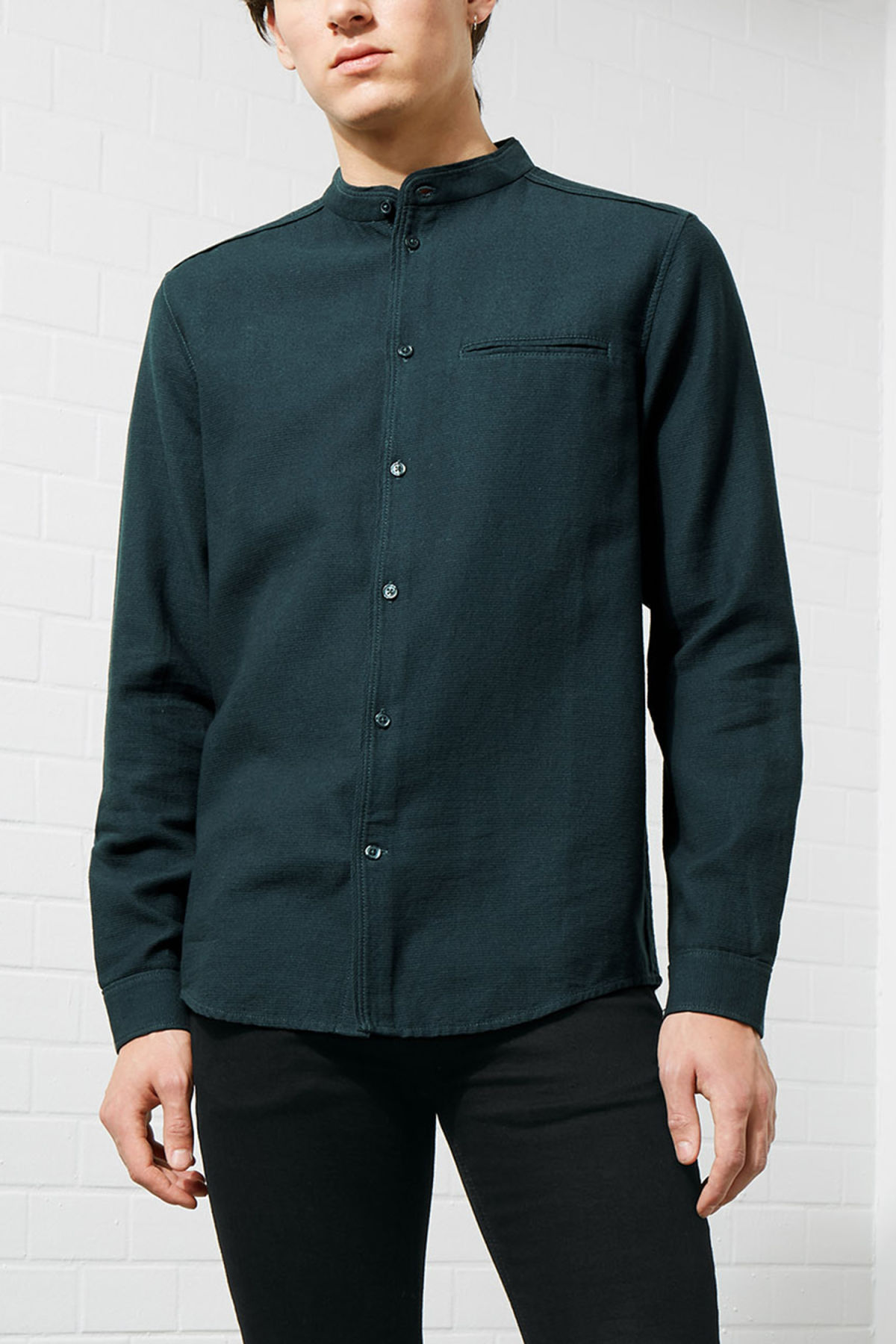 Model front image of Weekday hunt shirt in turquoise