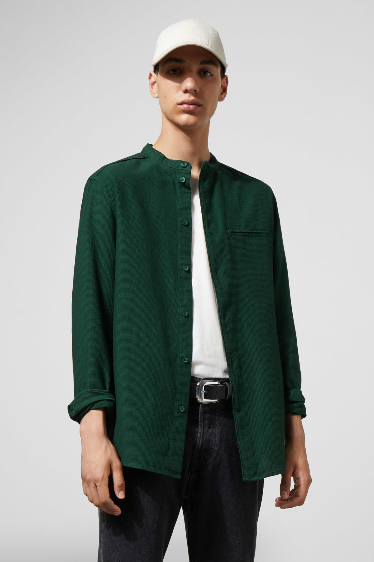 Model front image of Weekday hunt shirt in green