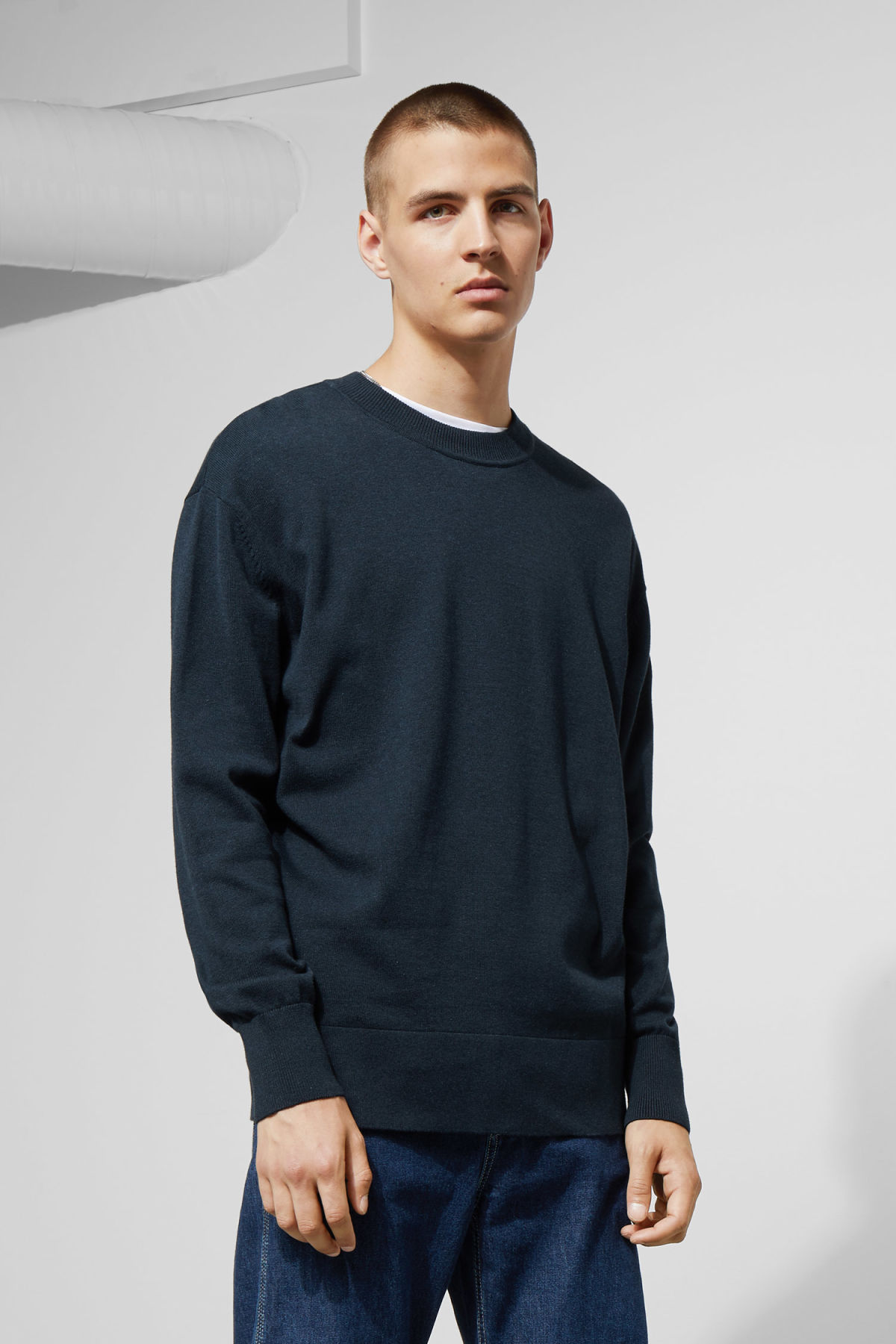 Model front image of Weekday earl cotton sweater in blue
