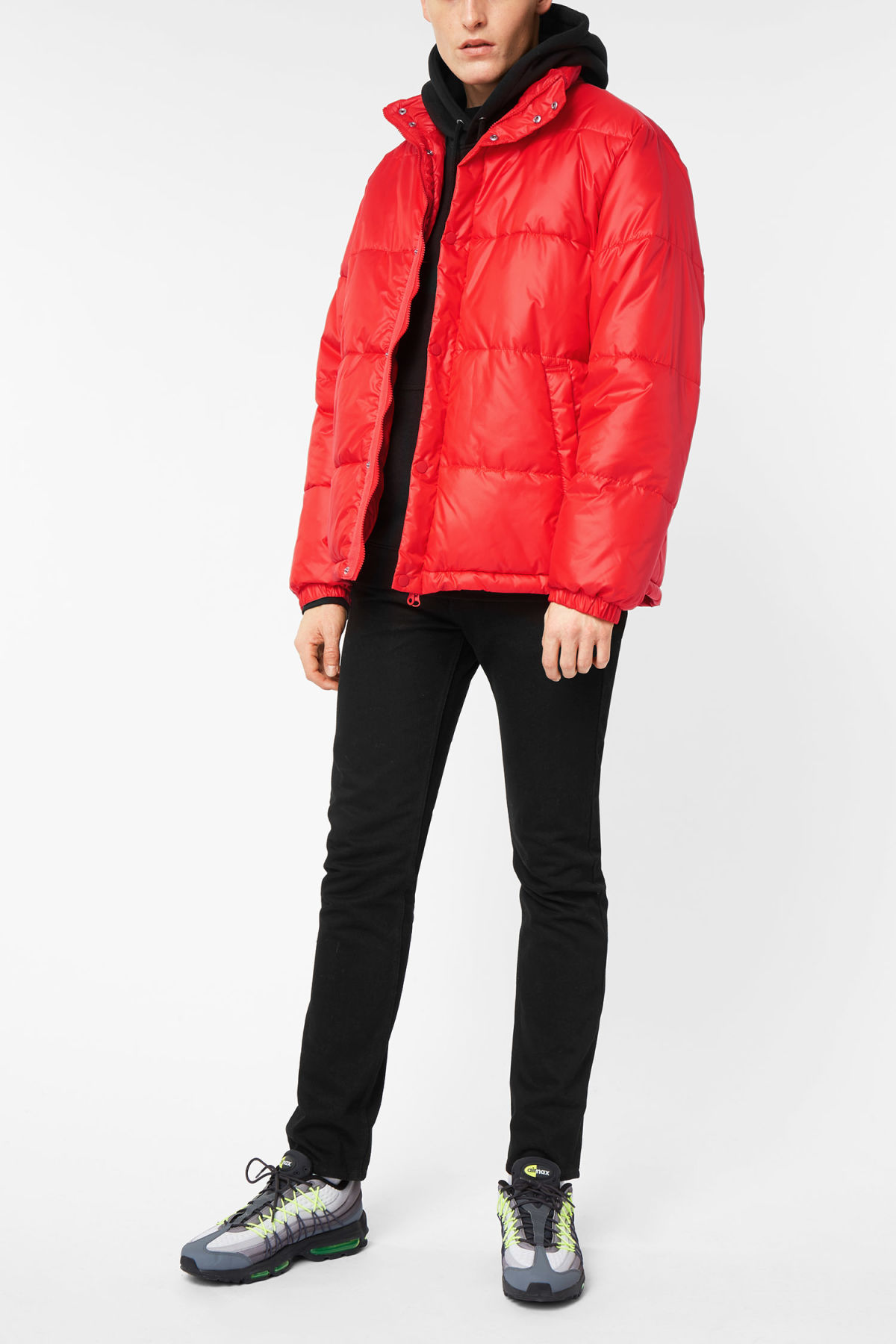 Model side image of Weekday ply jacket in red