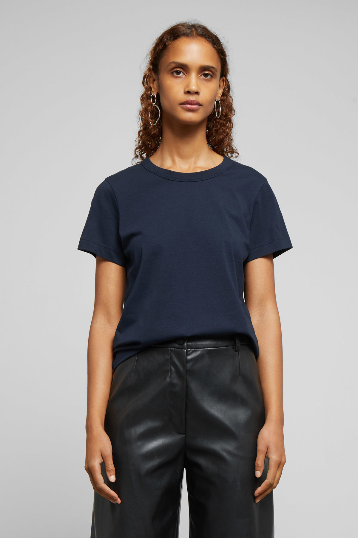 Model front image of Weekday kate t-shirt in blue
