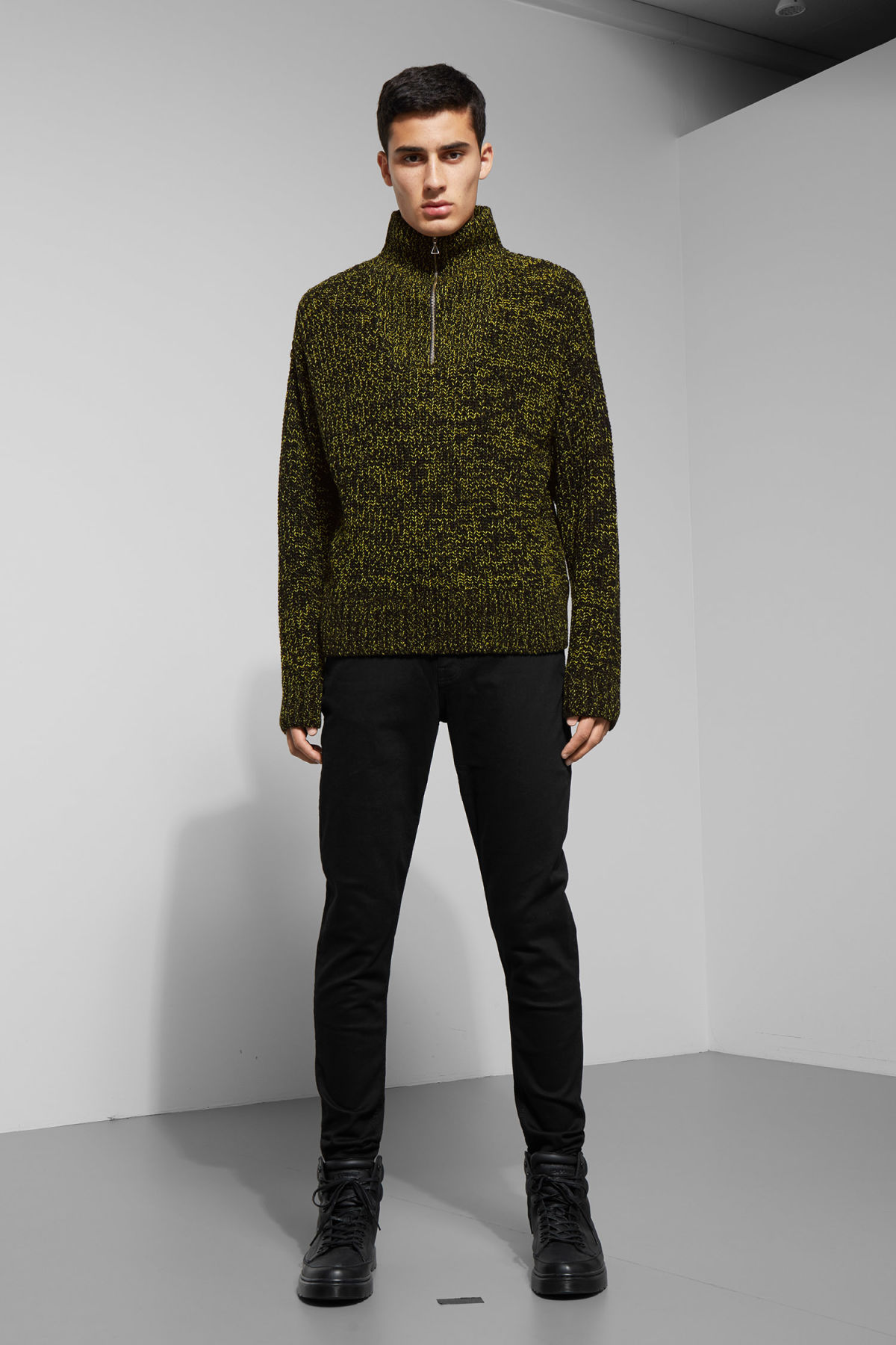Model side image of Weekday arnold sweater in yellow
