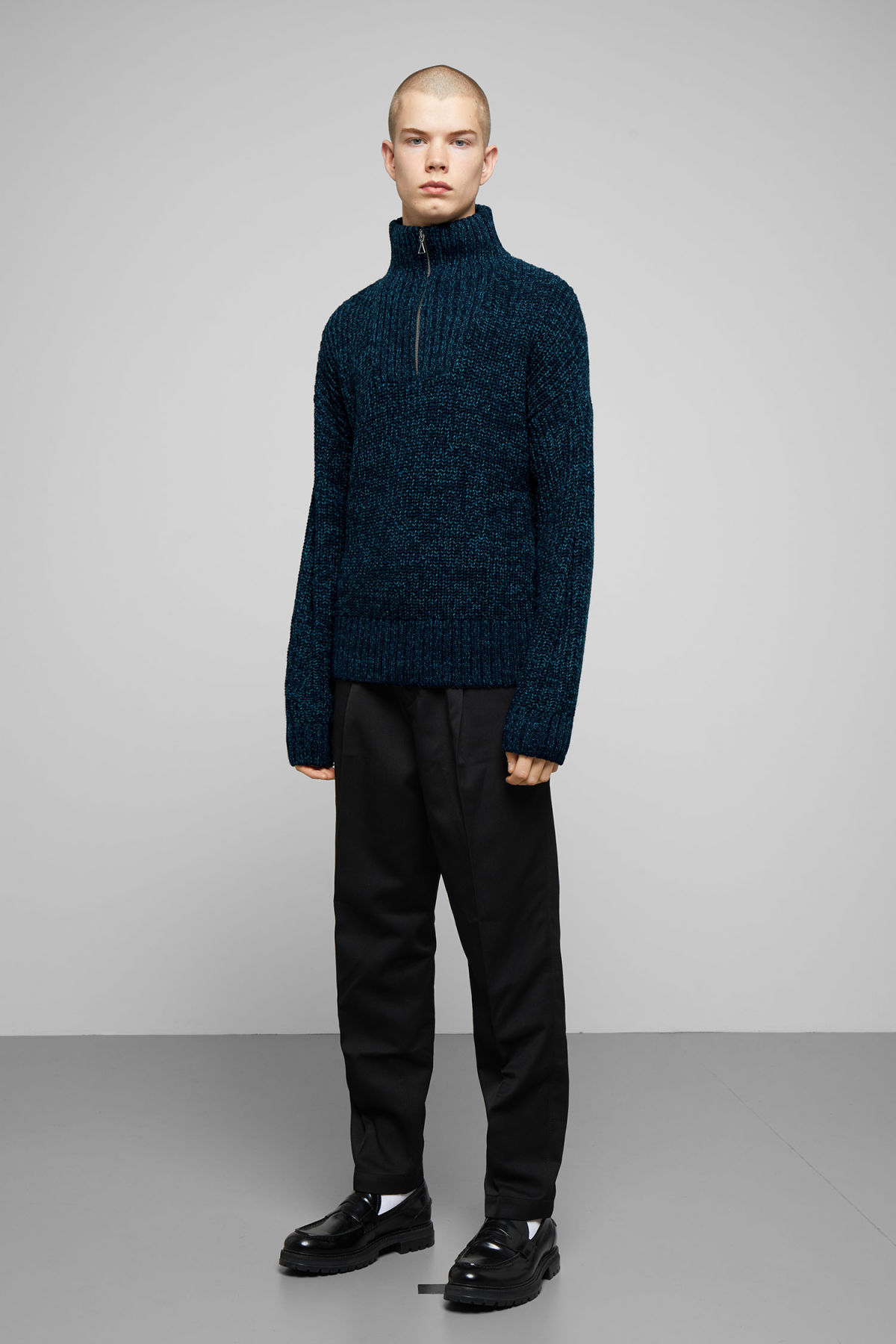 Model side image of Weekday arnold sweater in blue