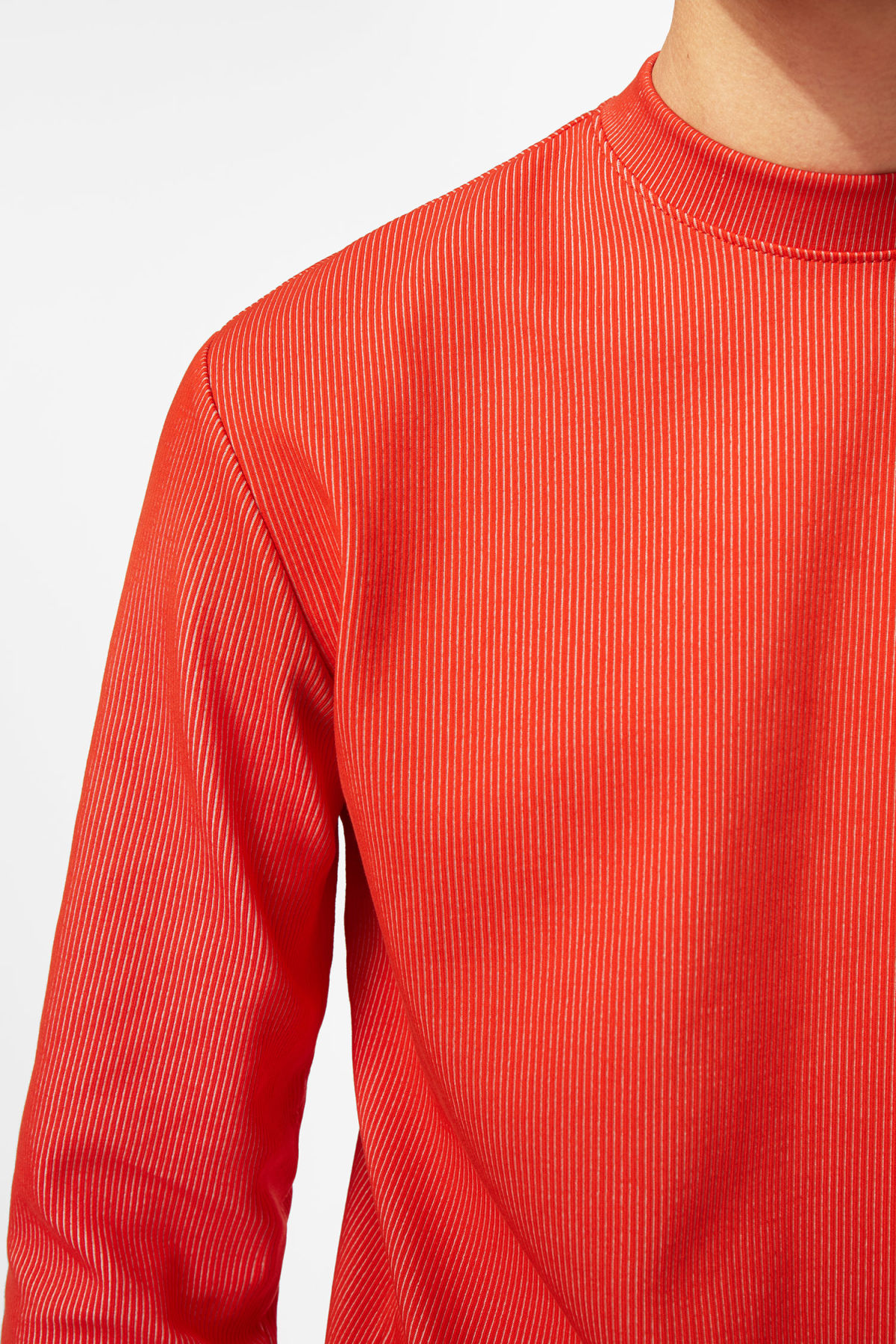 Model front image of Weekday jake rib long sleeve in red