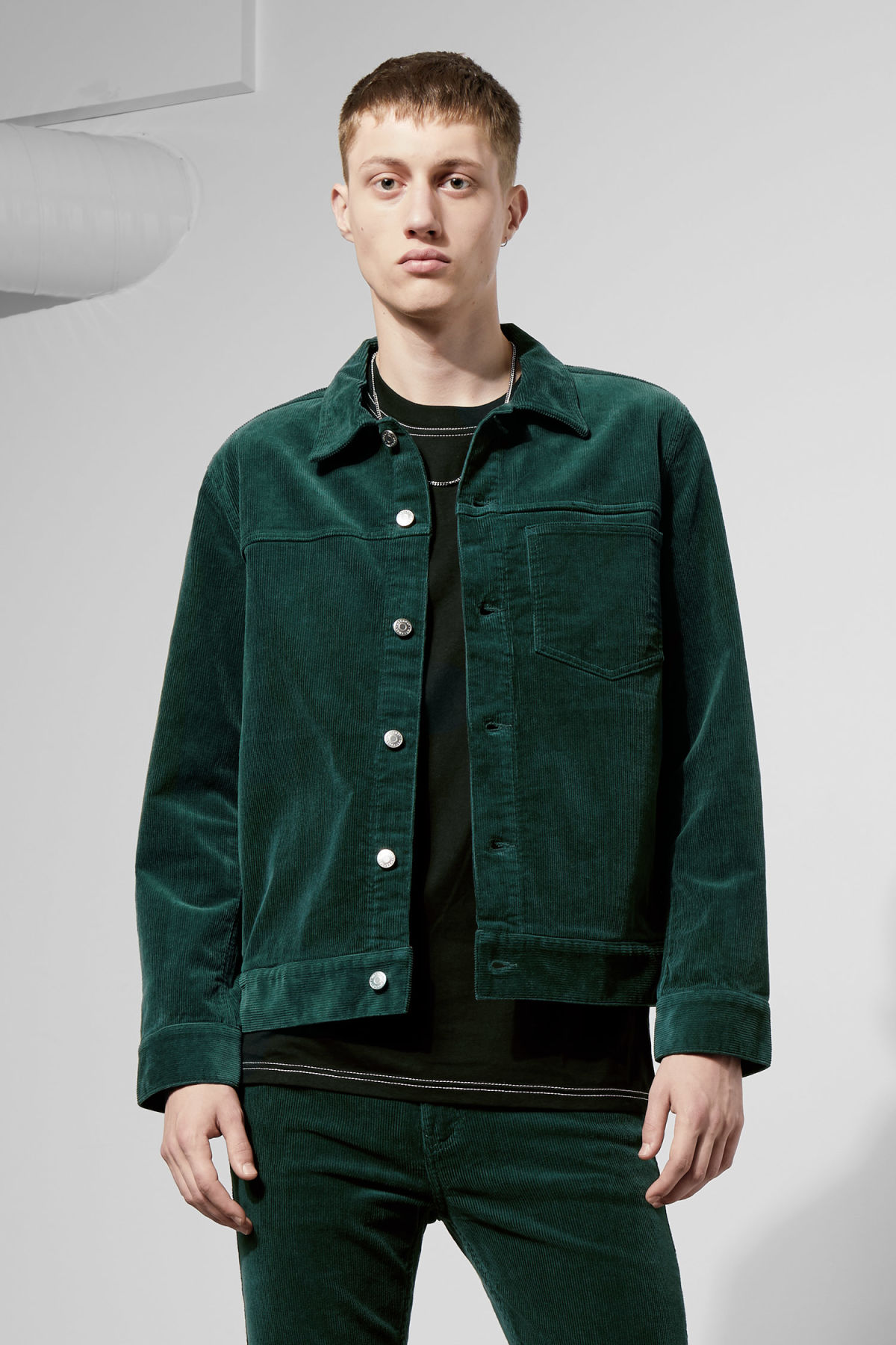 Model front image of Weekday single corduroy jacket in green