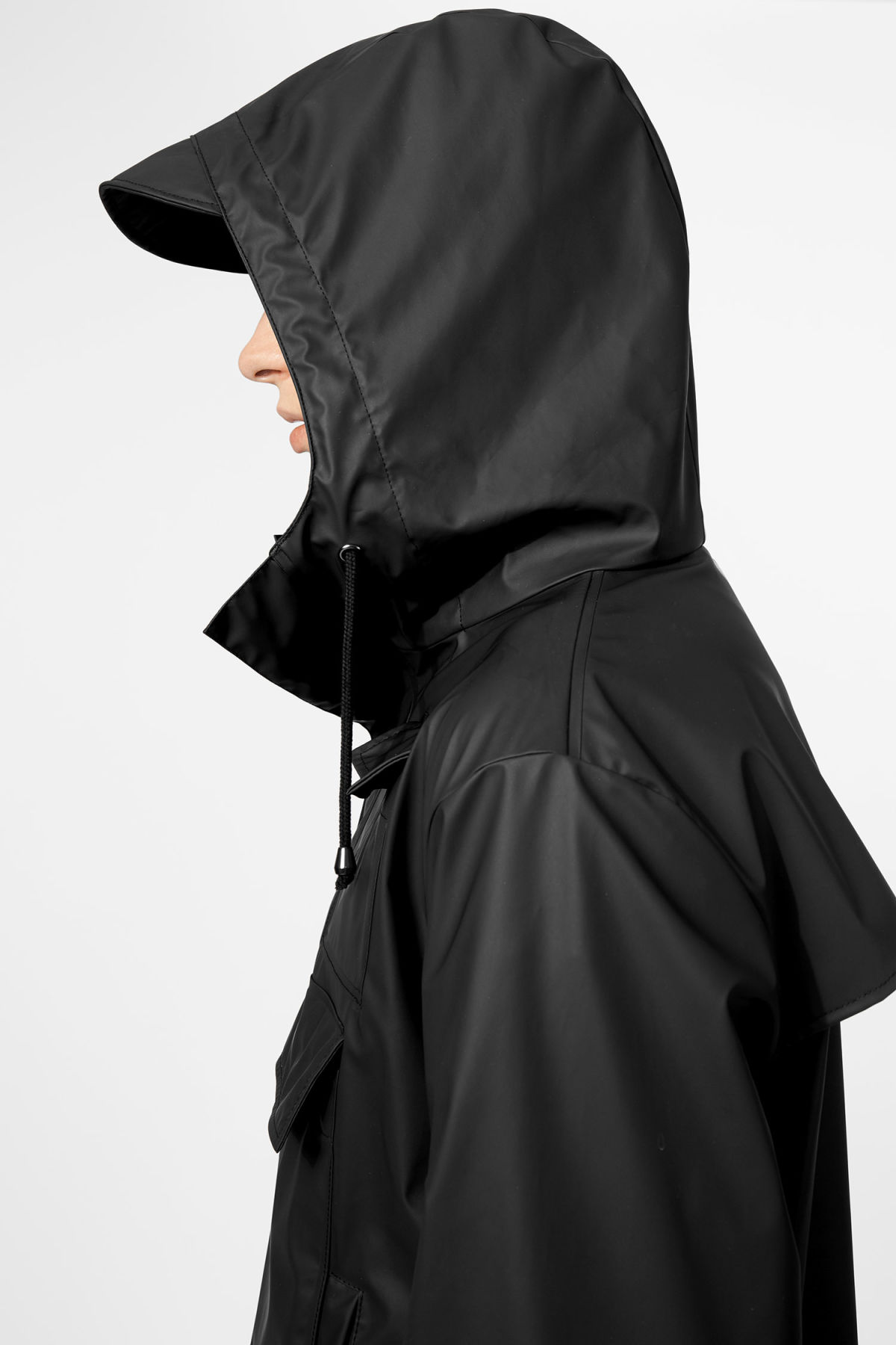 Model side image of Weekday camp anorak in black