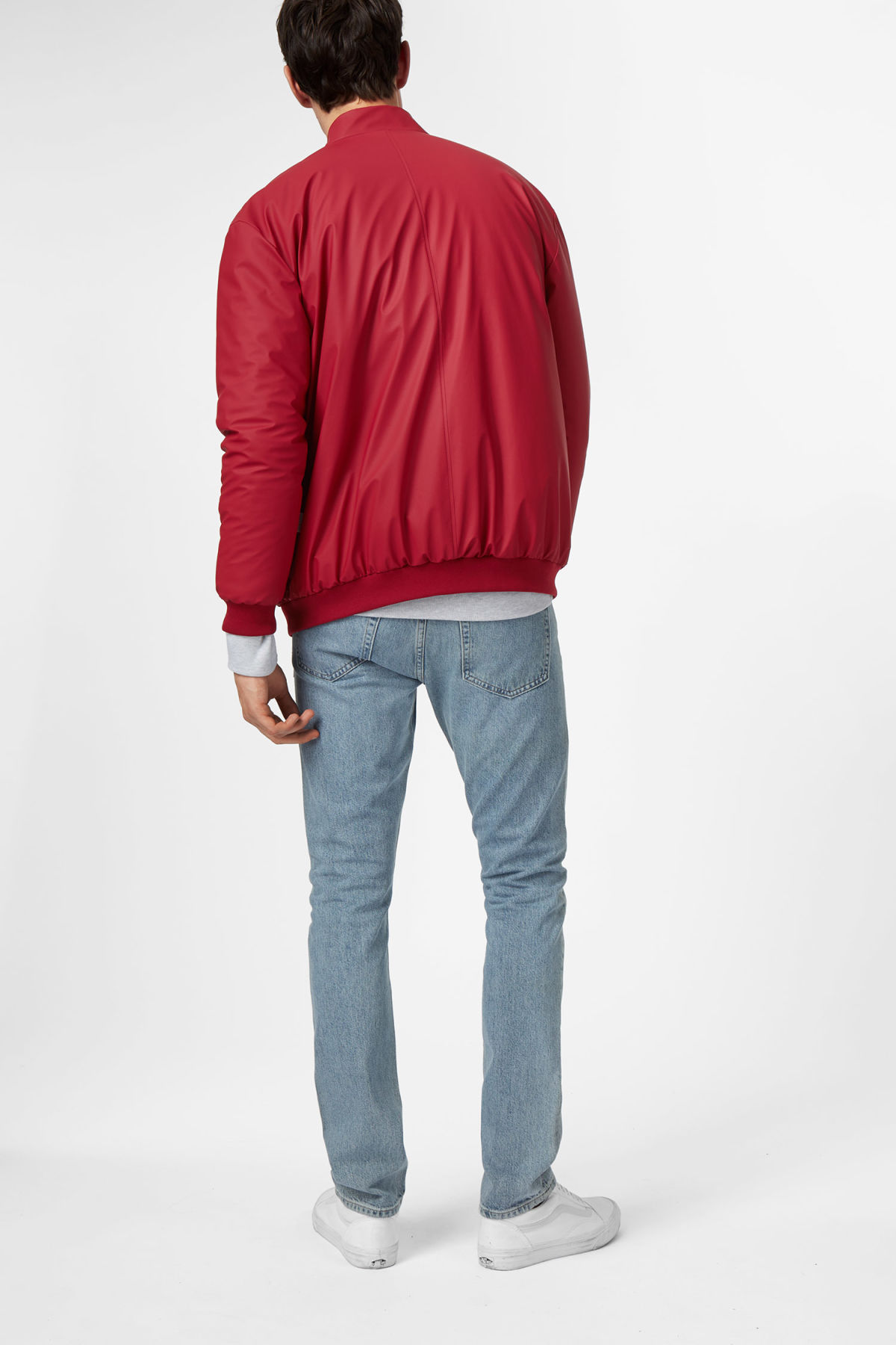 Model back image of Weekday bomber jacket in red