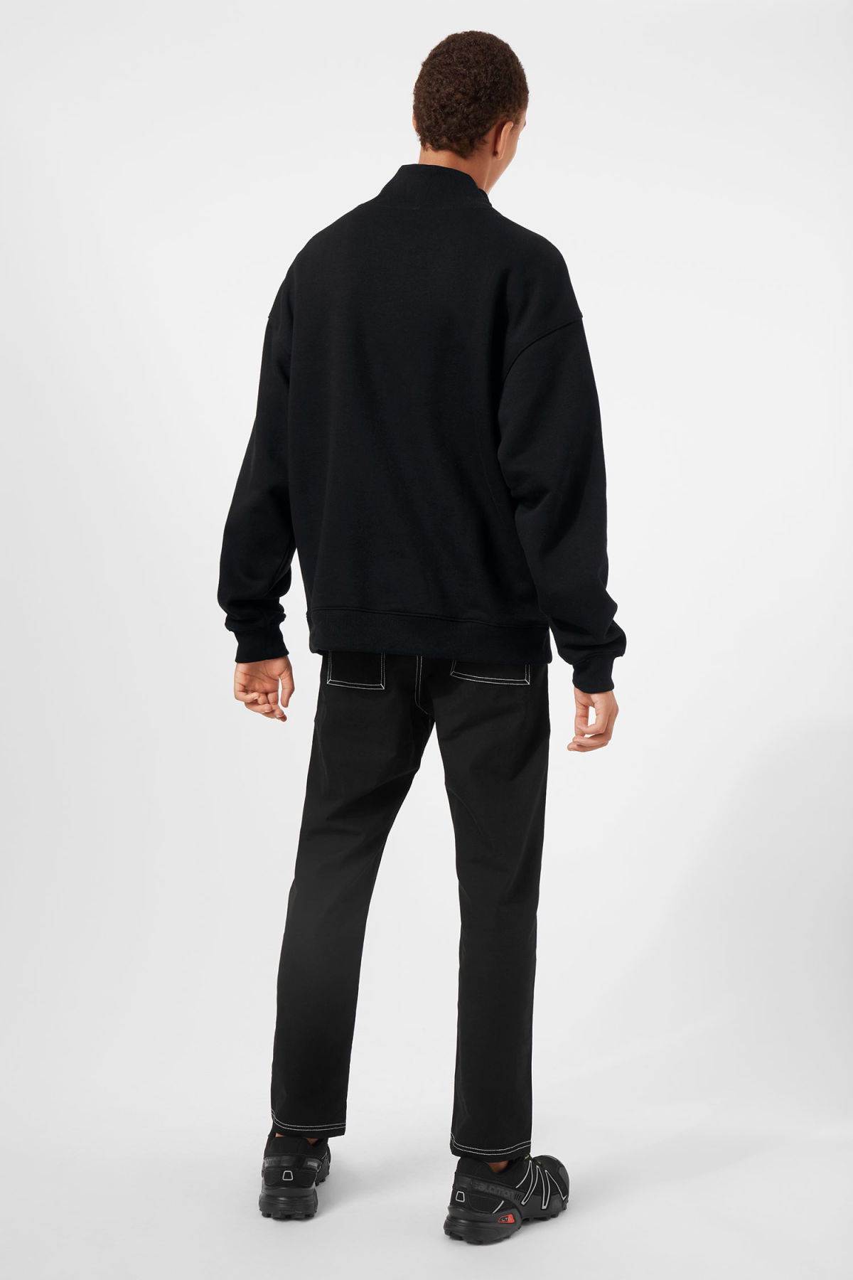 Model back image of Weekday big turtleneck sweatshirt in black