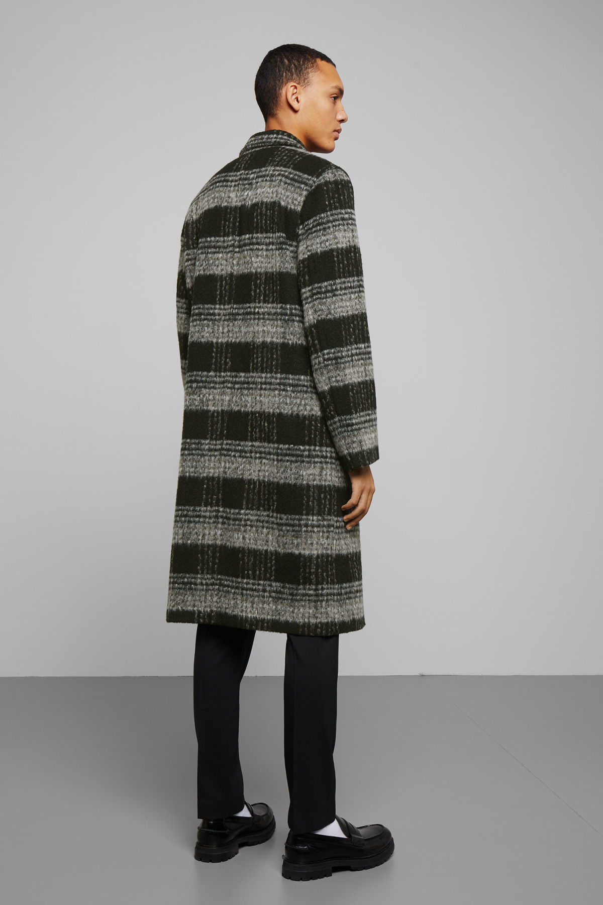 Model back image of Weekday tristan checked coat in black