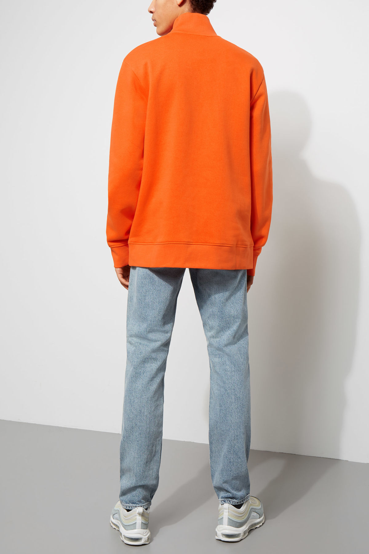 Model back image of Weekday martin zip sweatshirt  in orange