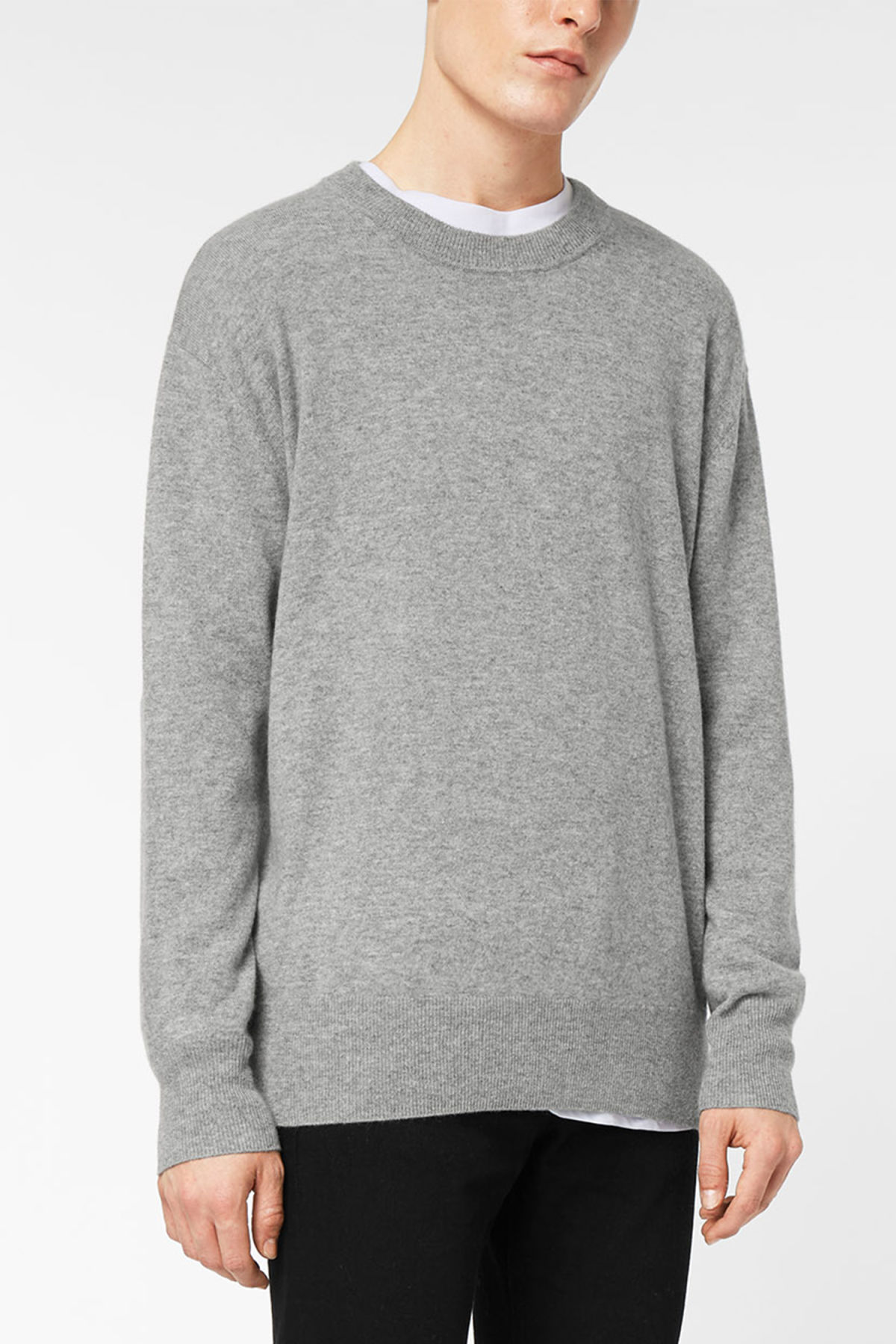 Model front image of Weekday earl cashmere sweater in grey